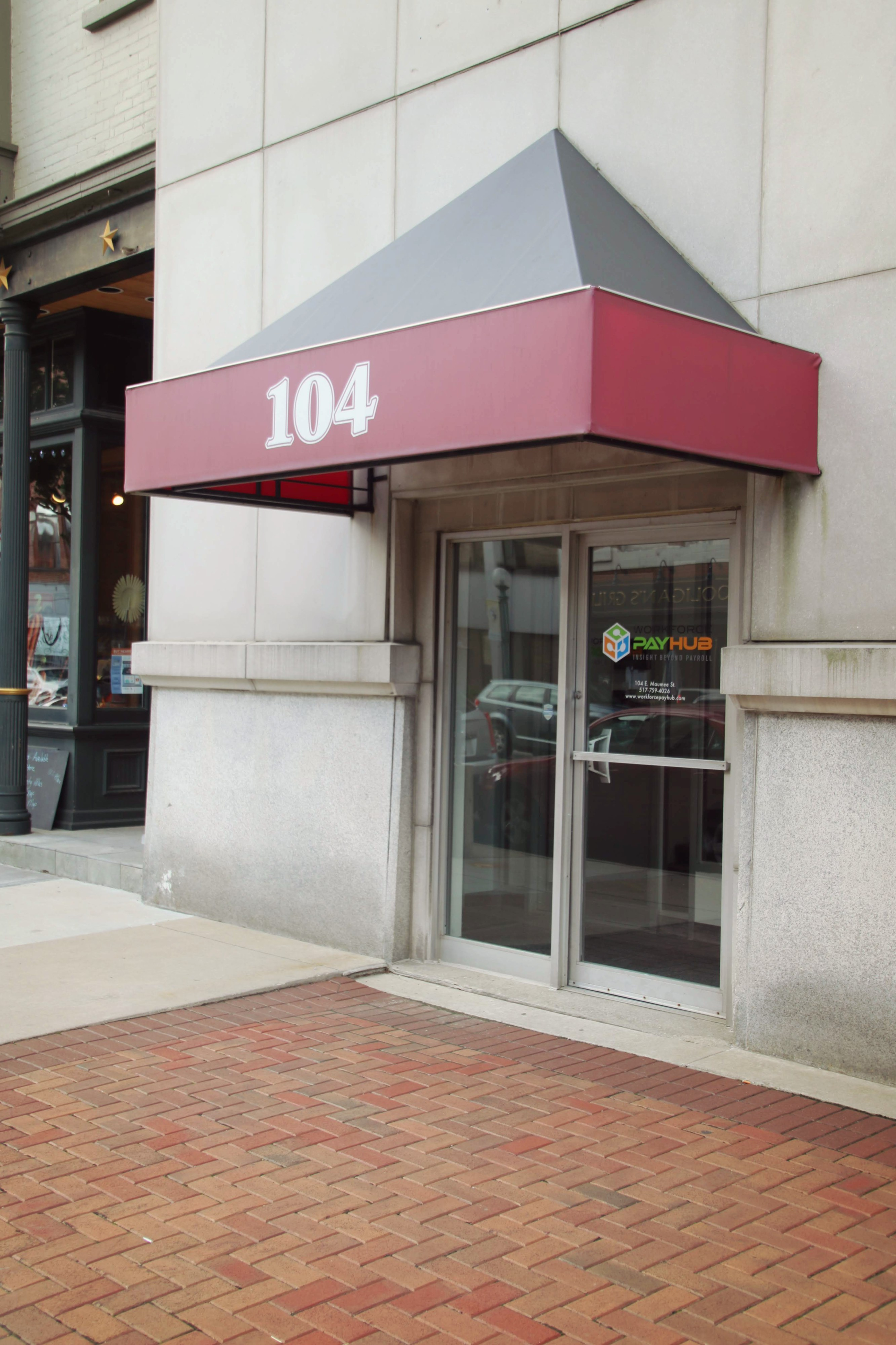 Entrance to 104 Maumee Street in Adrian, MI
