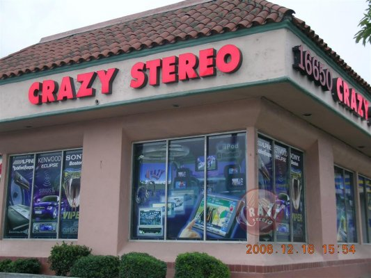 Crazy Stereo image 6