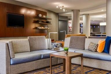 Courtyard by Marriott Des Moines Ankeny image 2