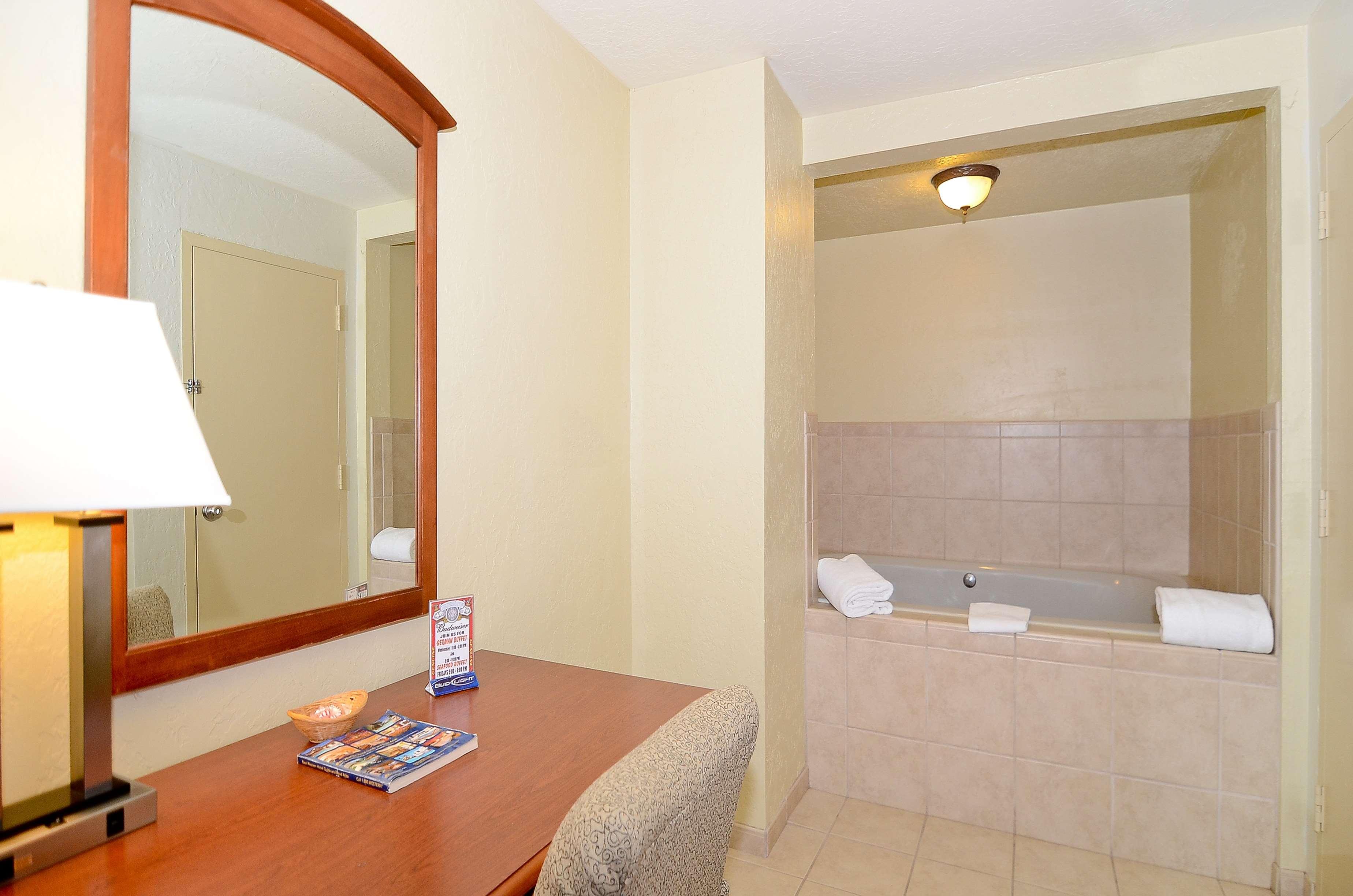 Best Western Plus Lawton Hotel & Convention Center image 17
