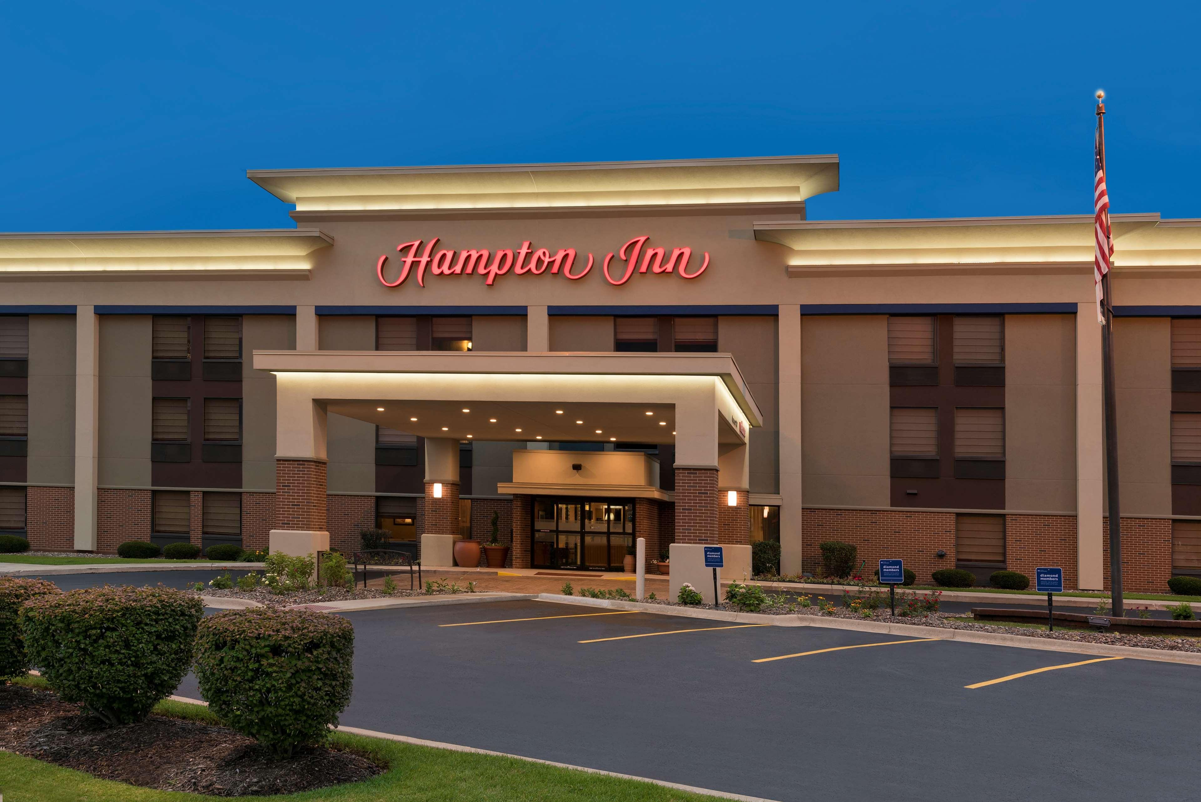 Hampton Inn Joliet - I-80 image 2