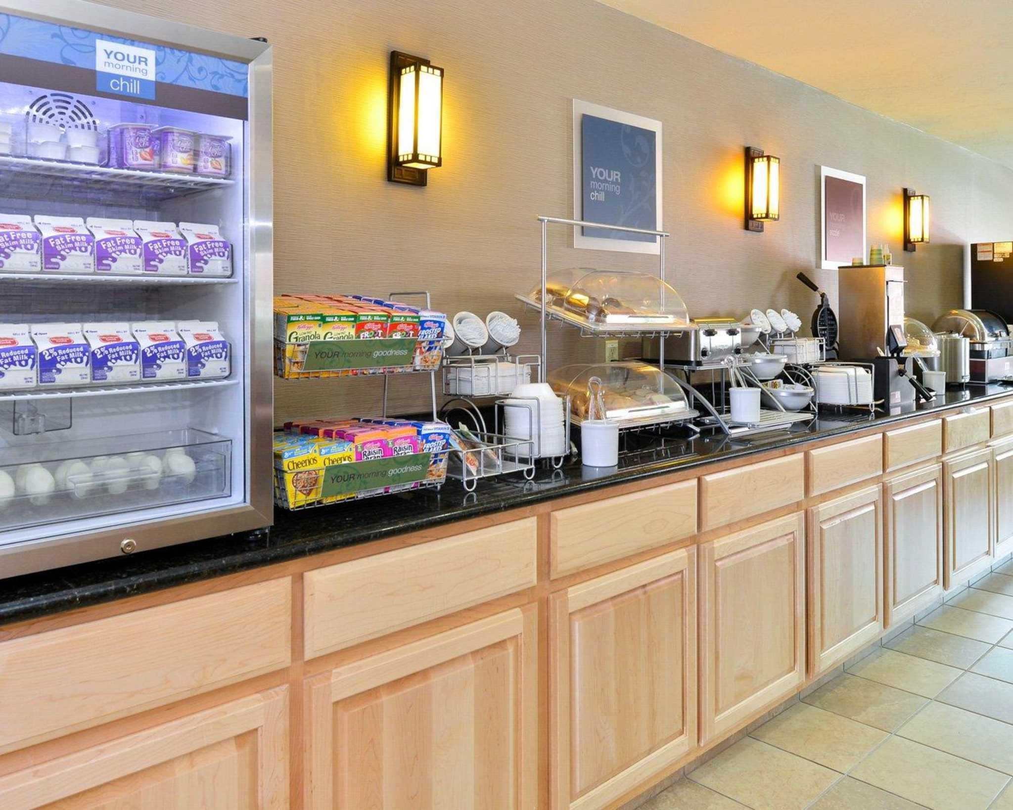 Comfort Inn Evansville-Casper image 34