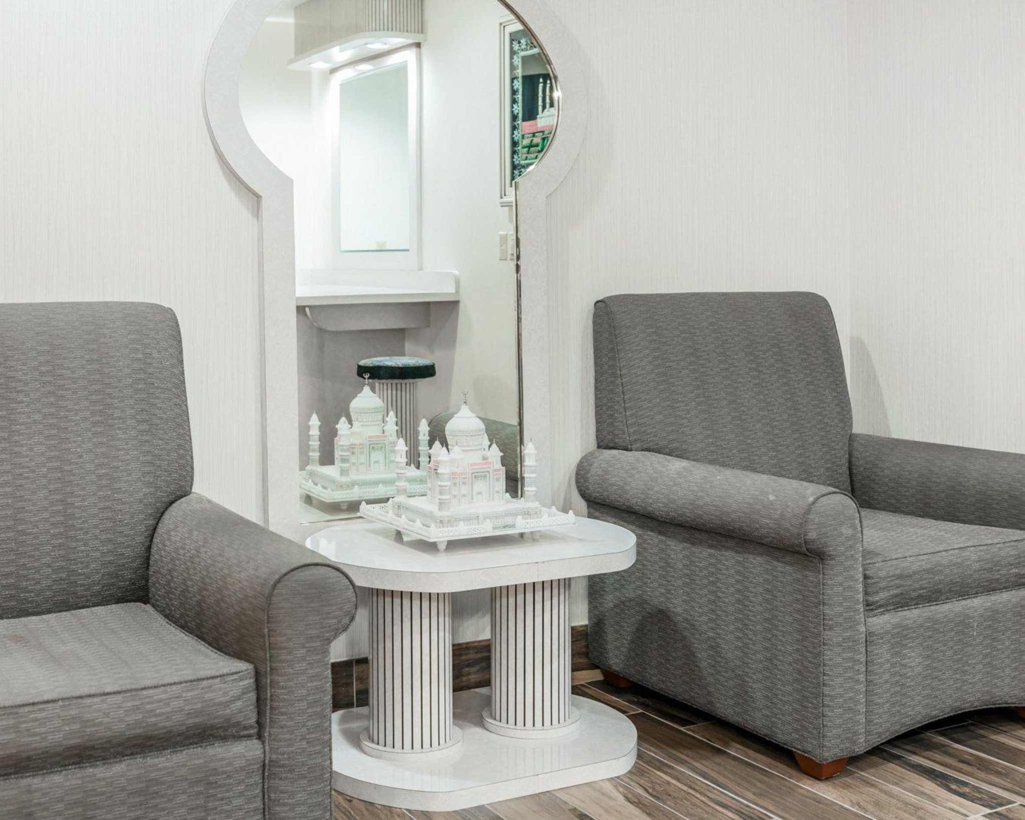 Comfort Suites North in Elkhart, IN, photo #40