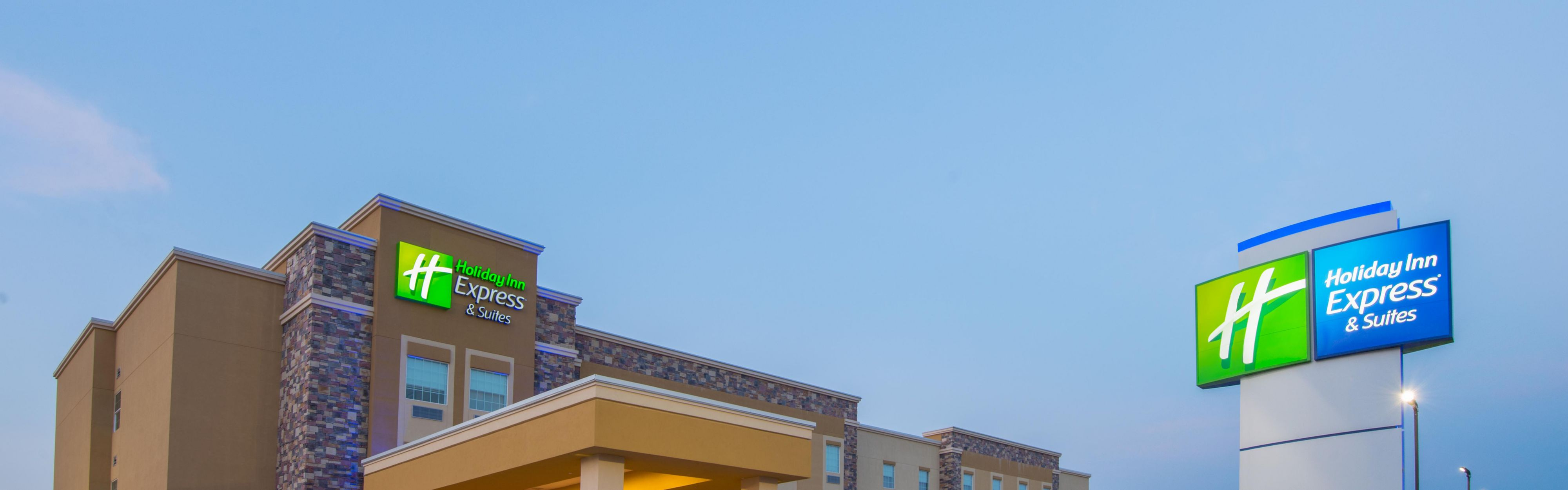 Holiday Inn Express & Suites Stillwater - University Area image 0