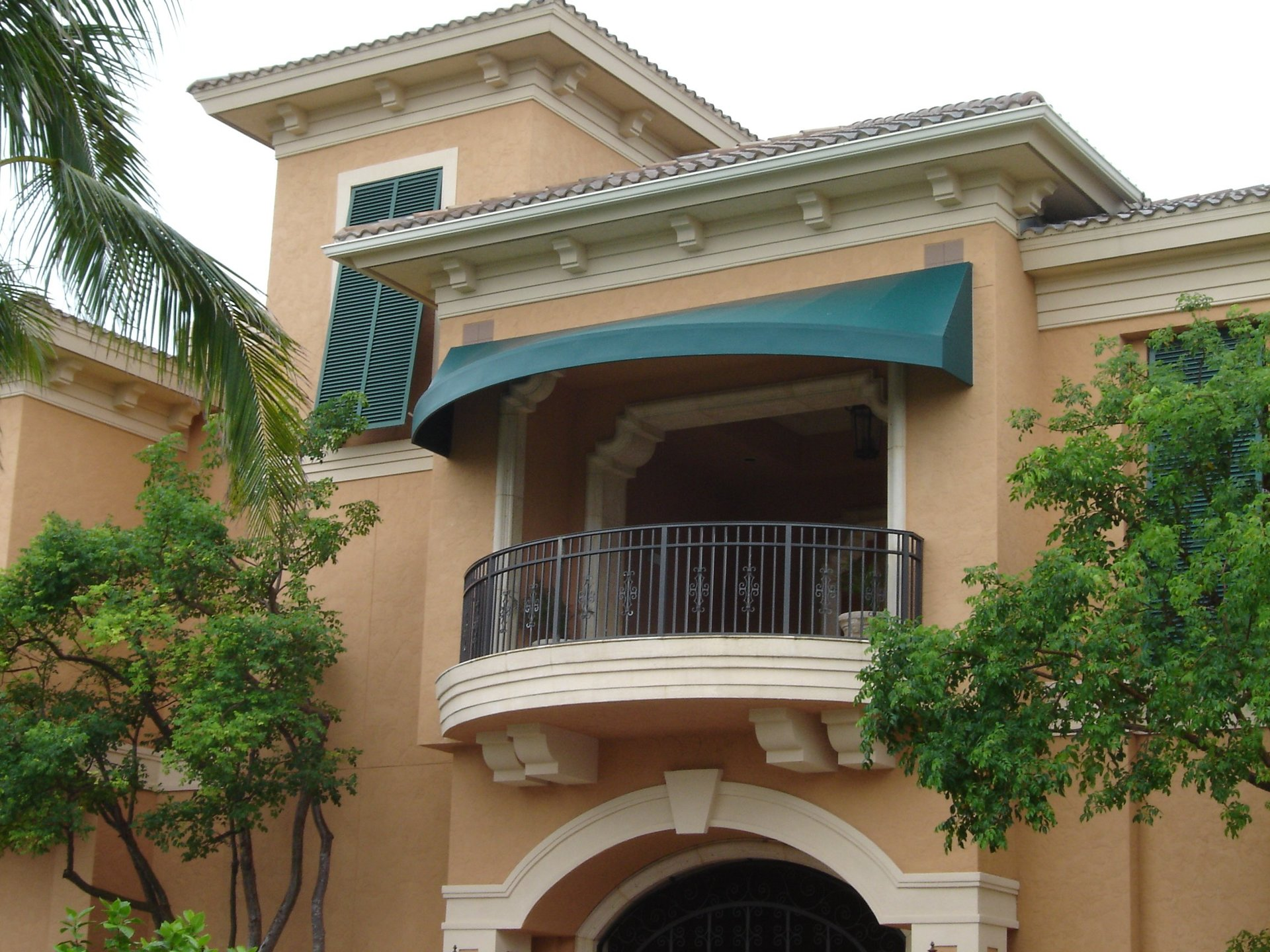 Awnings by Naples Awning image 1