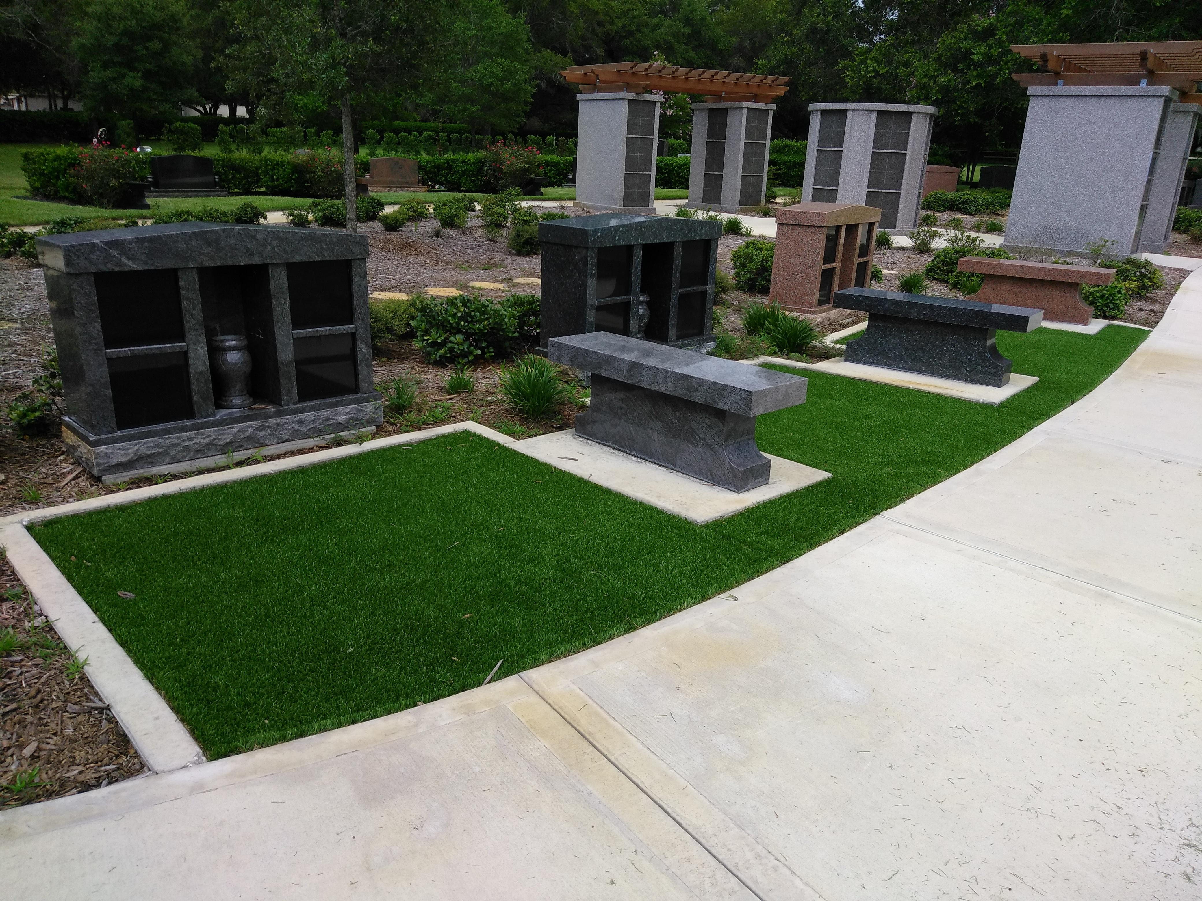 Durable Lawn image 9
