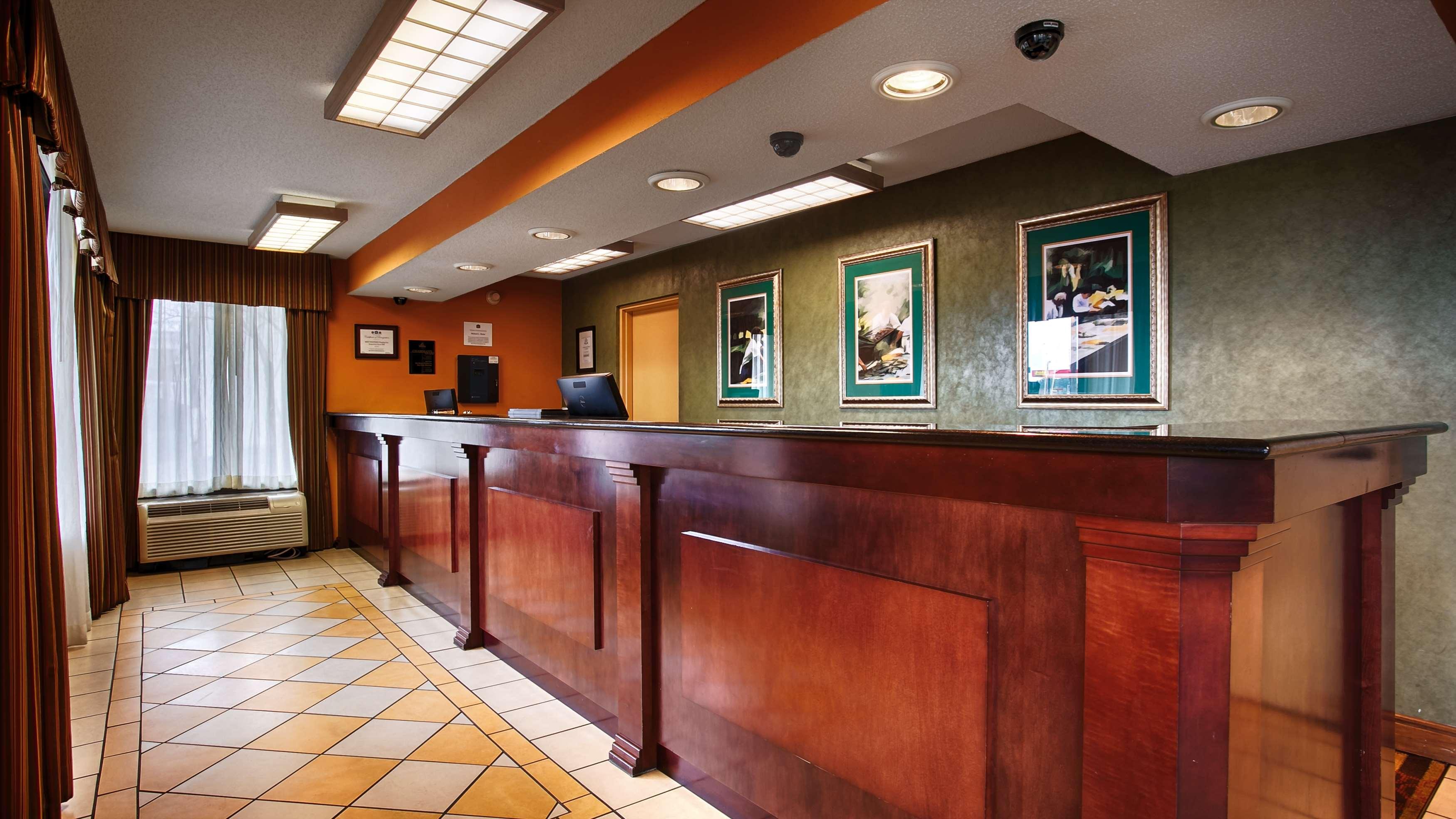 Best Western Flagship Inn image 1