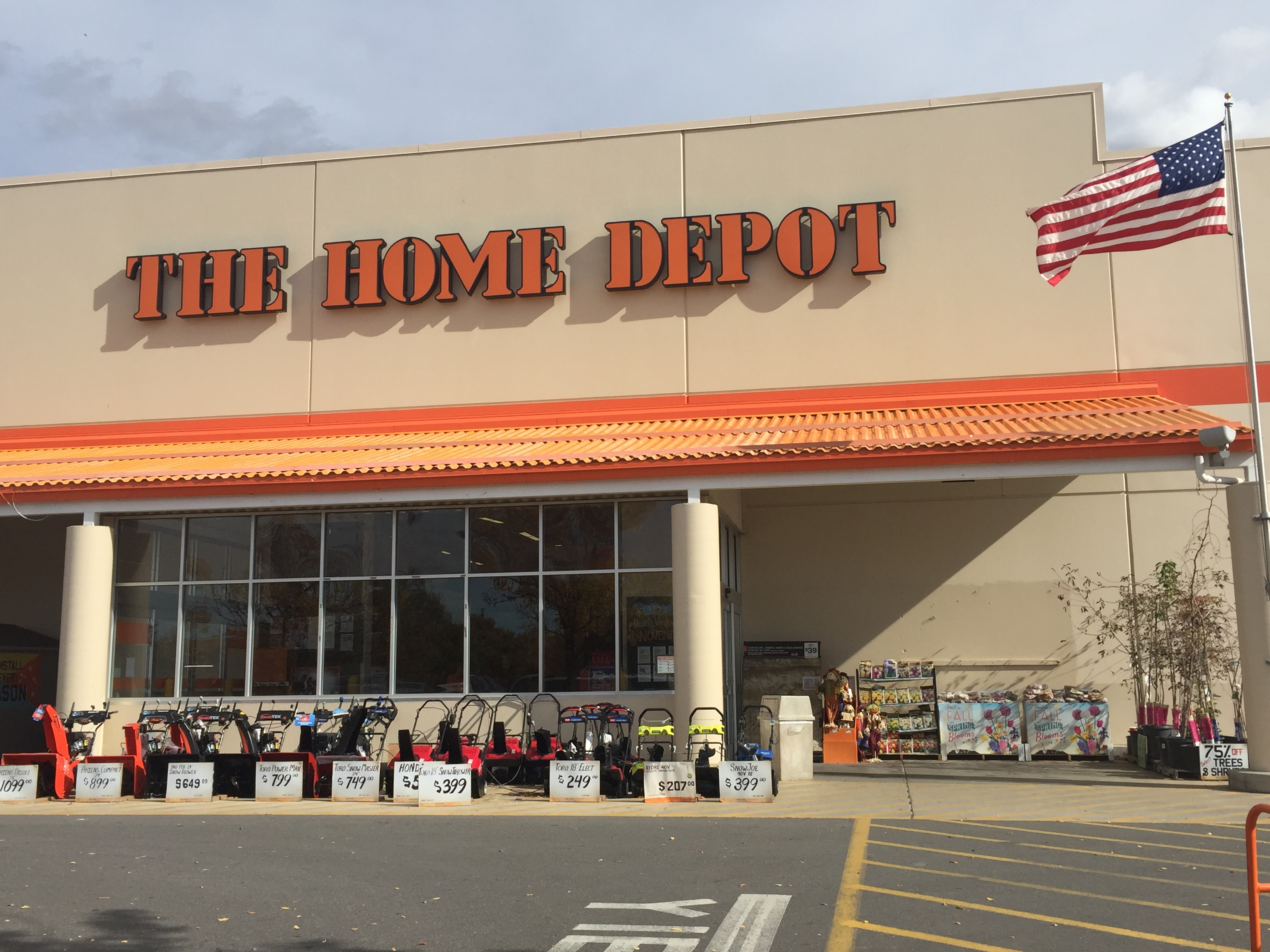 The Home Depot At 984 Wall Avenue Ogden Ut On Fave