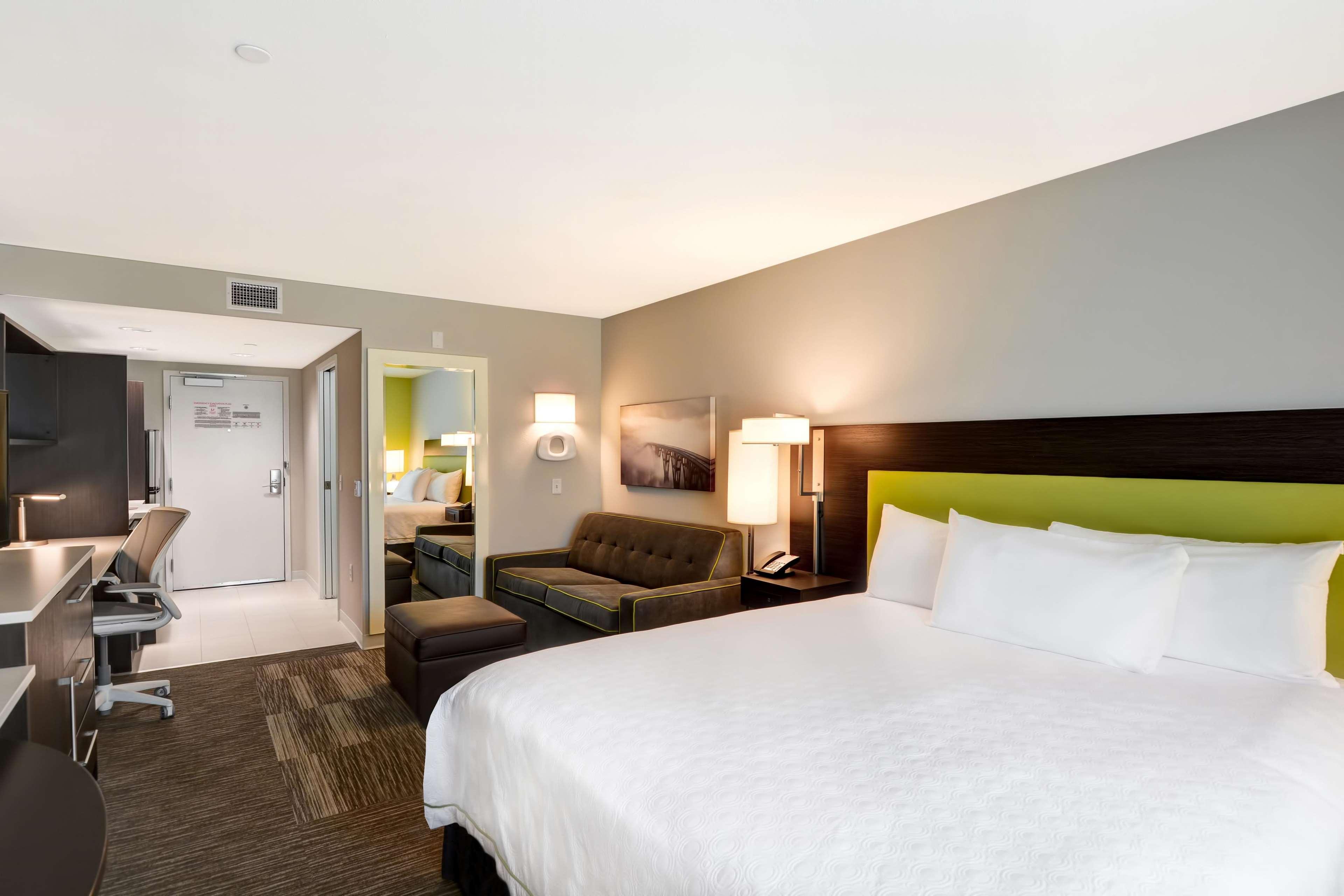 Home2 Suites by Hilton Azusa image 37