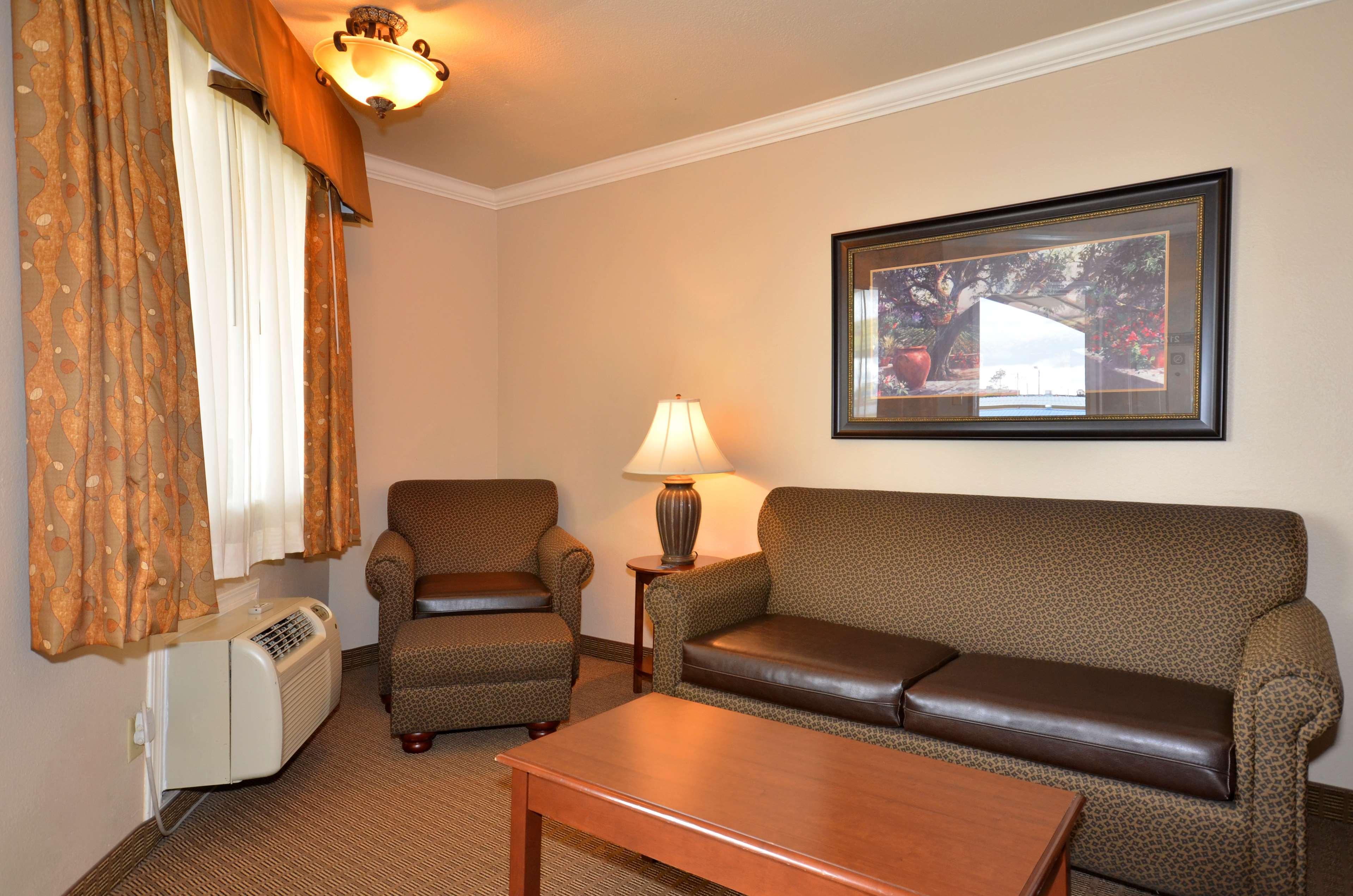 Best Western Inn of McAlester image 26