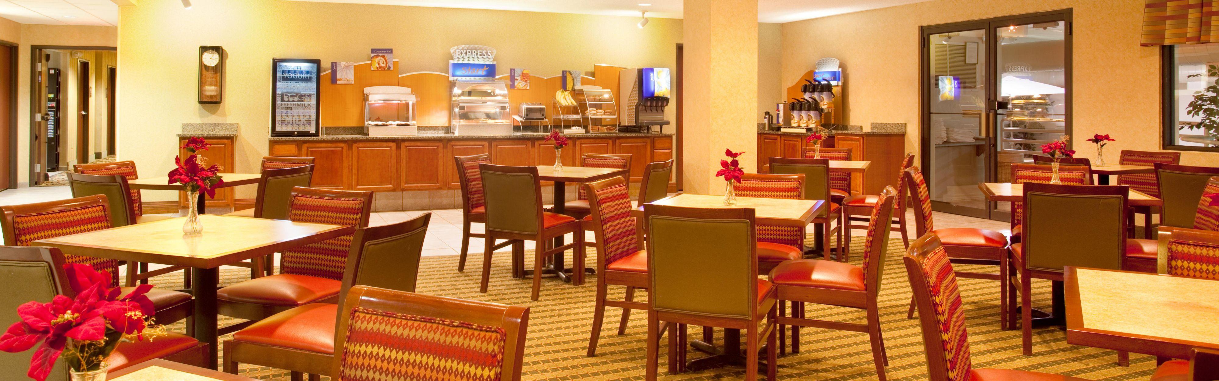 Holiday Inn Express & Suites Bourbonnais (Kankakee/Bradley) image 3