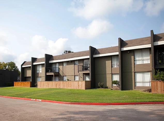 Ravenwood Apartments image 5