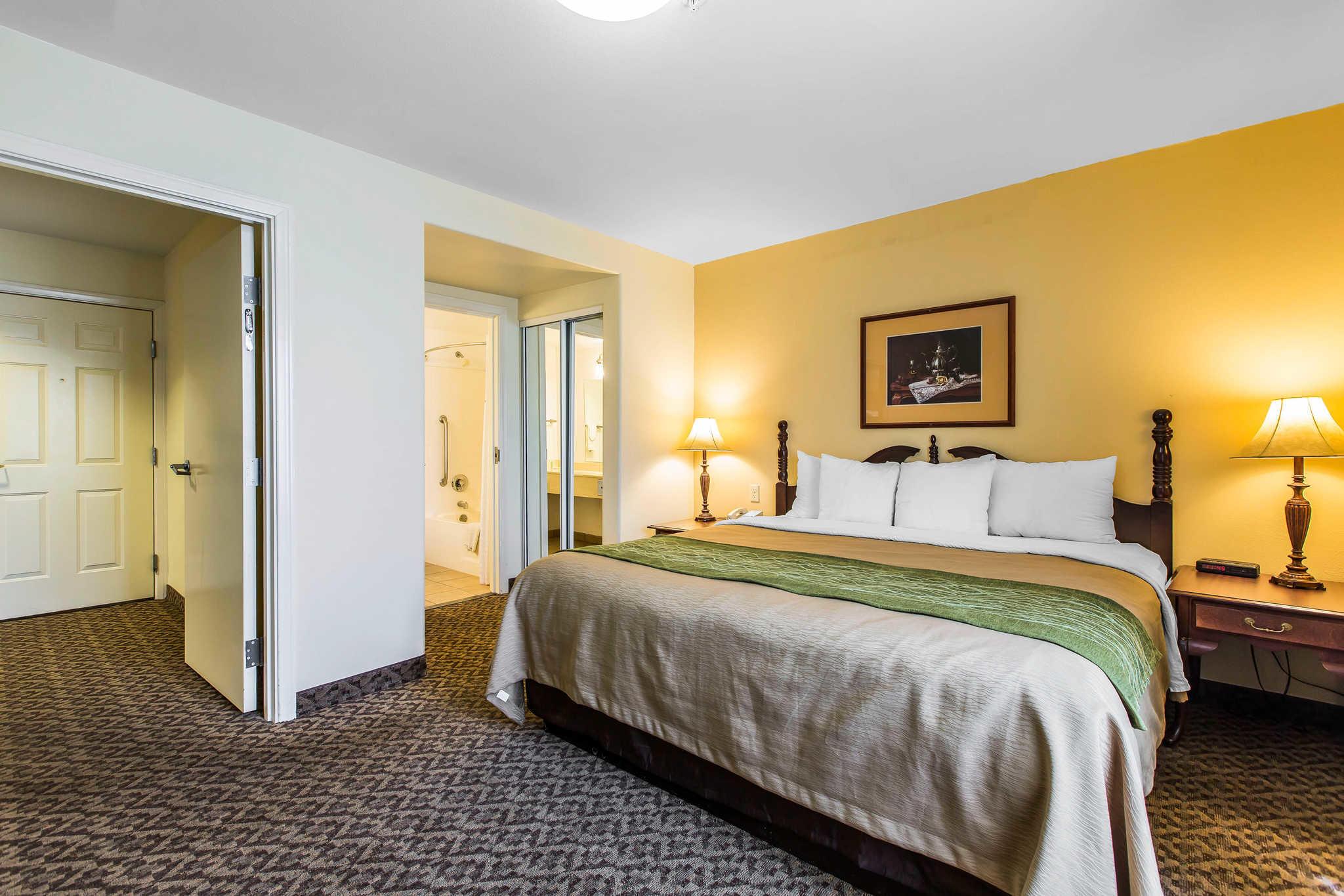 Comfort Inn & Suites El Centro I-8 image 25