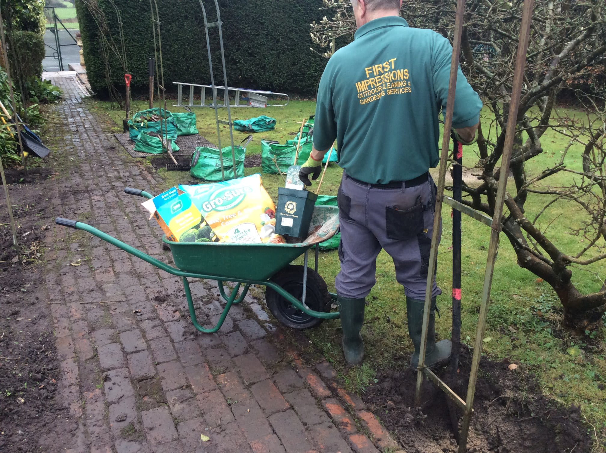 First impressions gardening outdoor cleaning services for Cleaning and gardening services