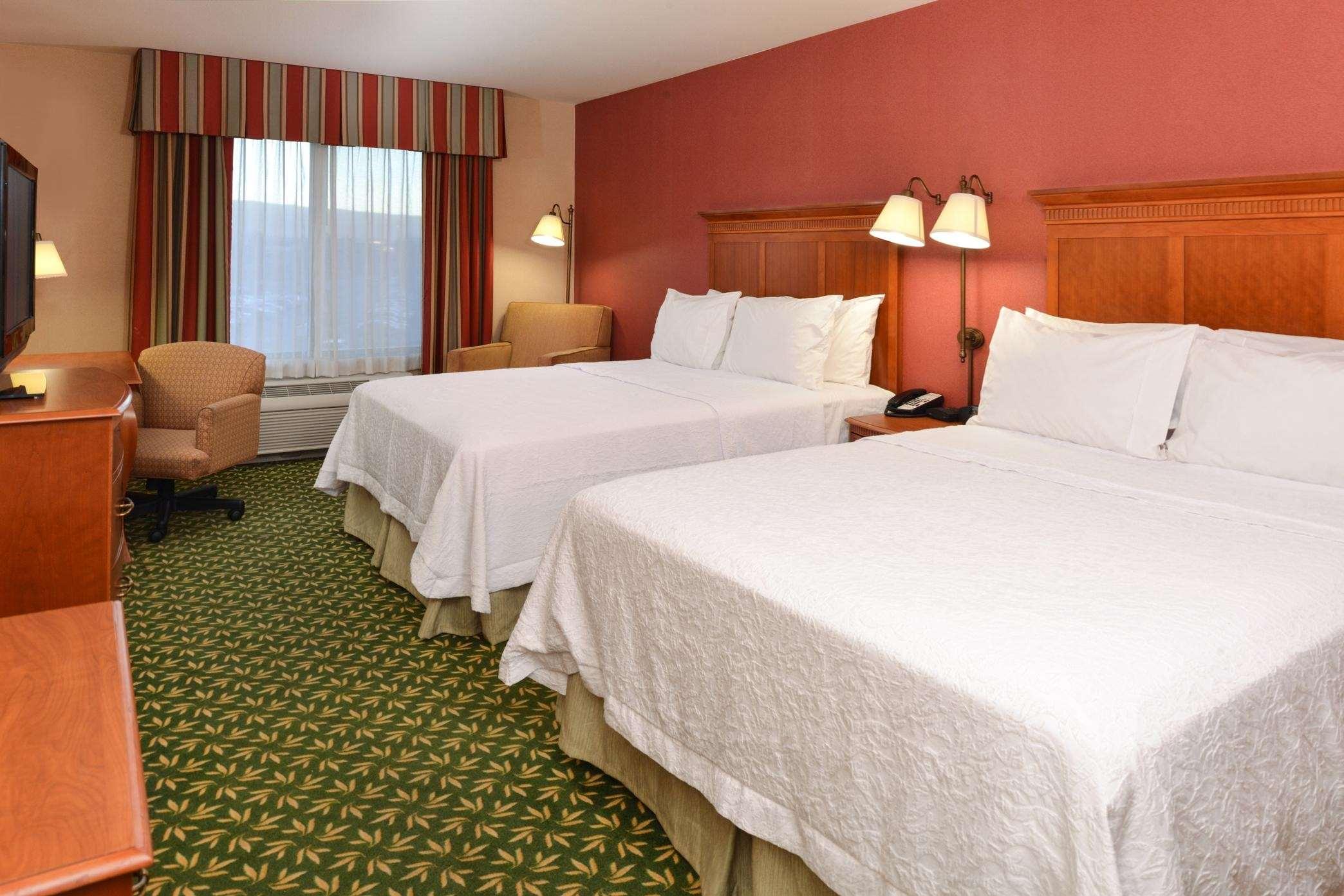 Hampton Inn & Suites Casper image 26