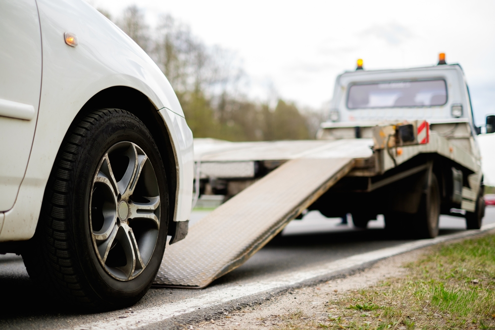 J & R Automotive Towing and Lock-out Service image 0