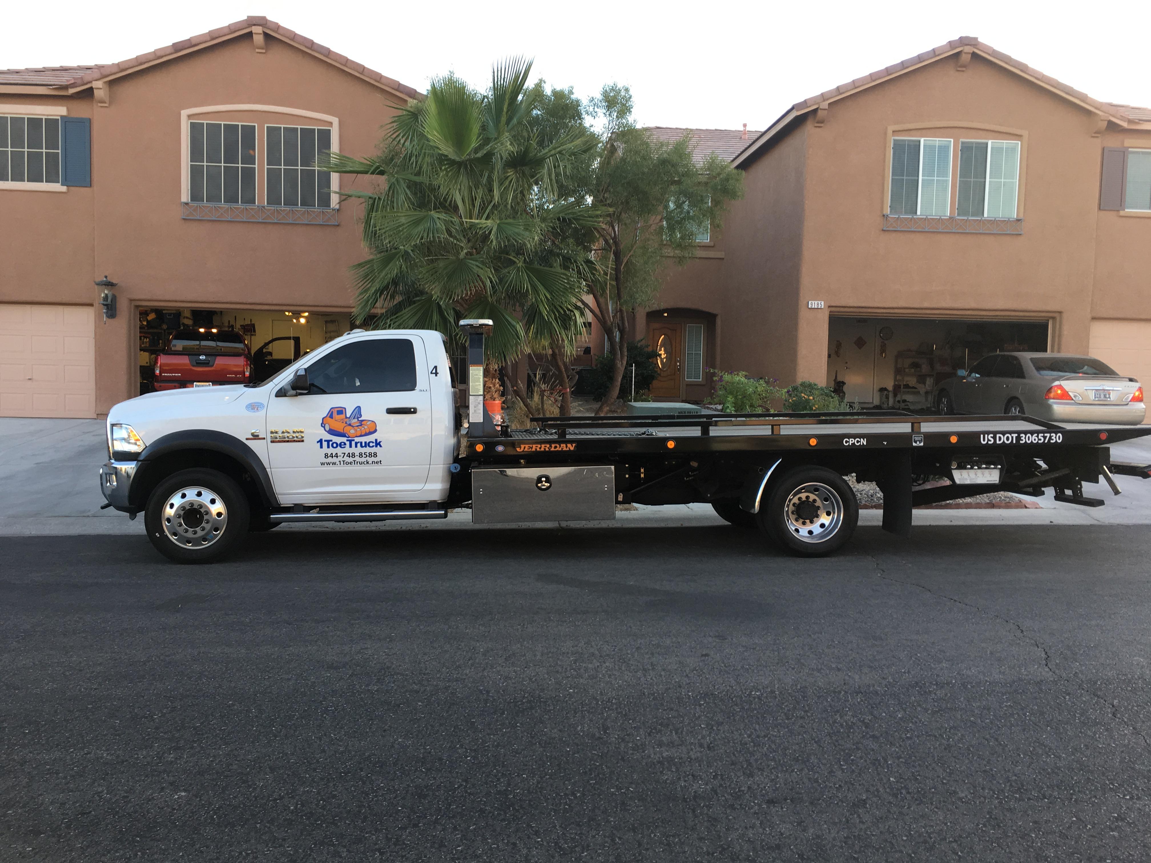 1 Toe Truck, LLC image 7