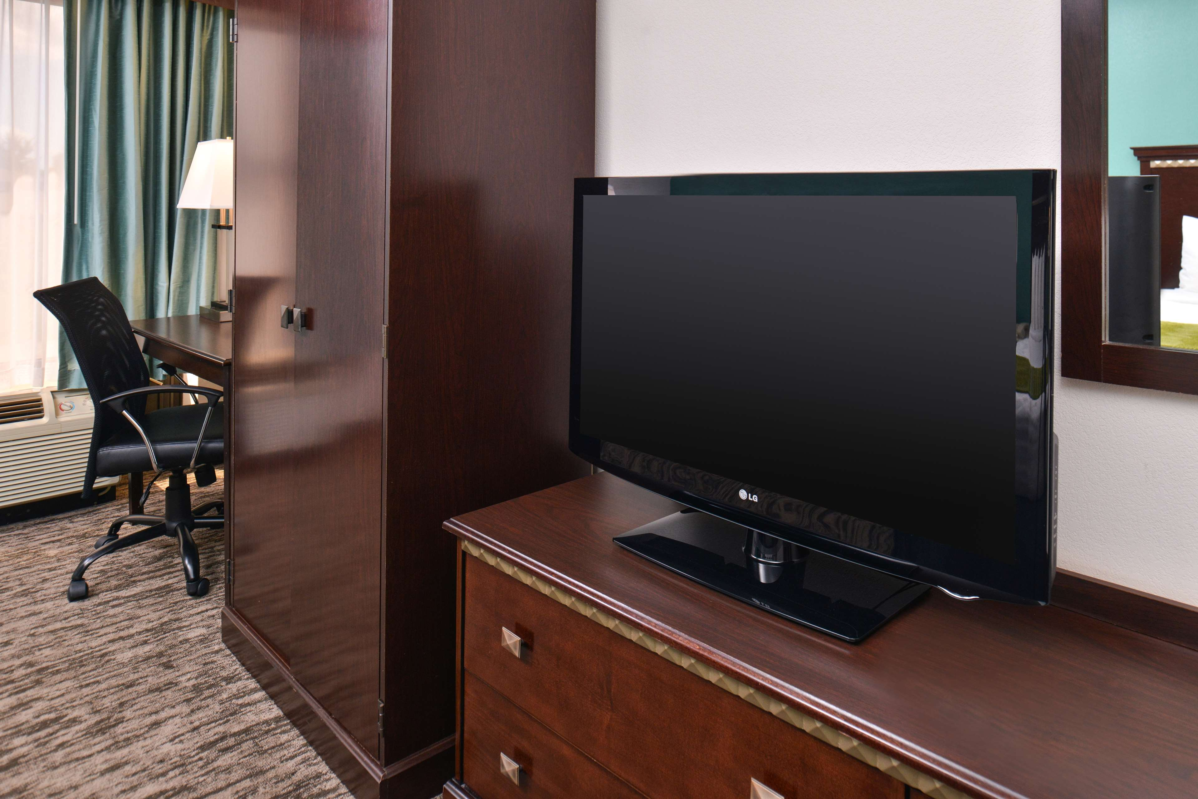 Best Western Plus Chicagoland - Countryside image 30
