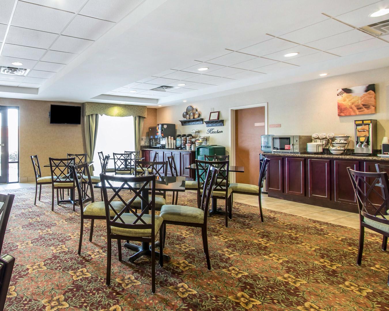Comfort Inn Amp Suites Quail Springs In Oklahoma City Ok