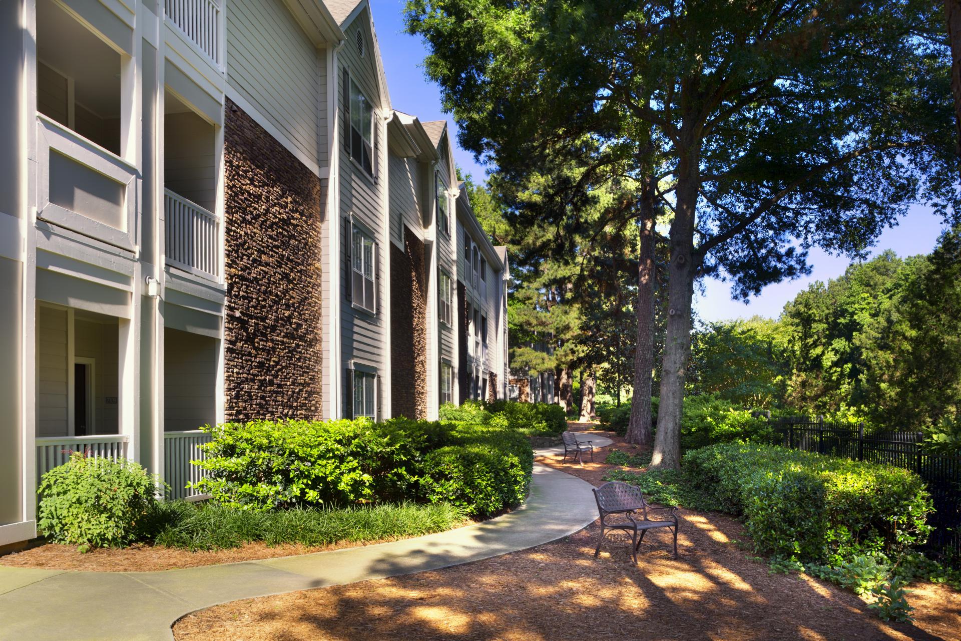 Camden Creekstone Apartments image 13