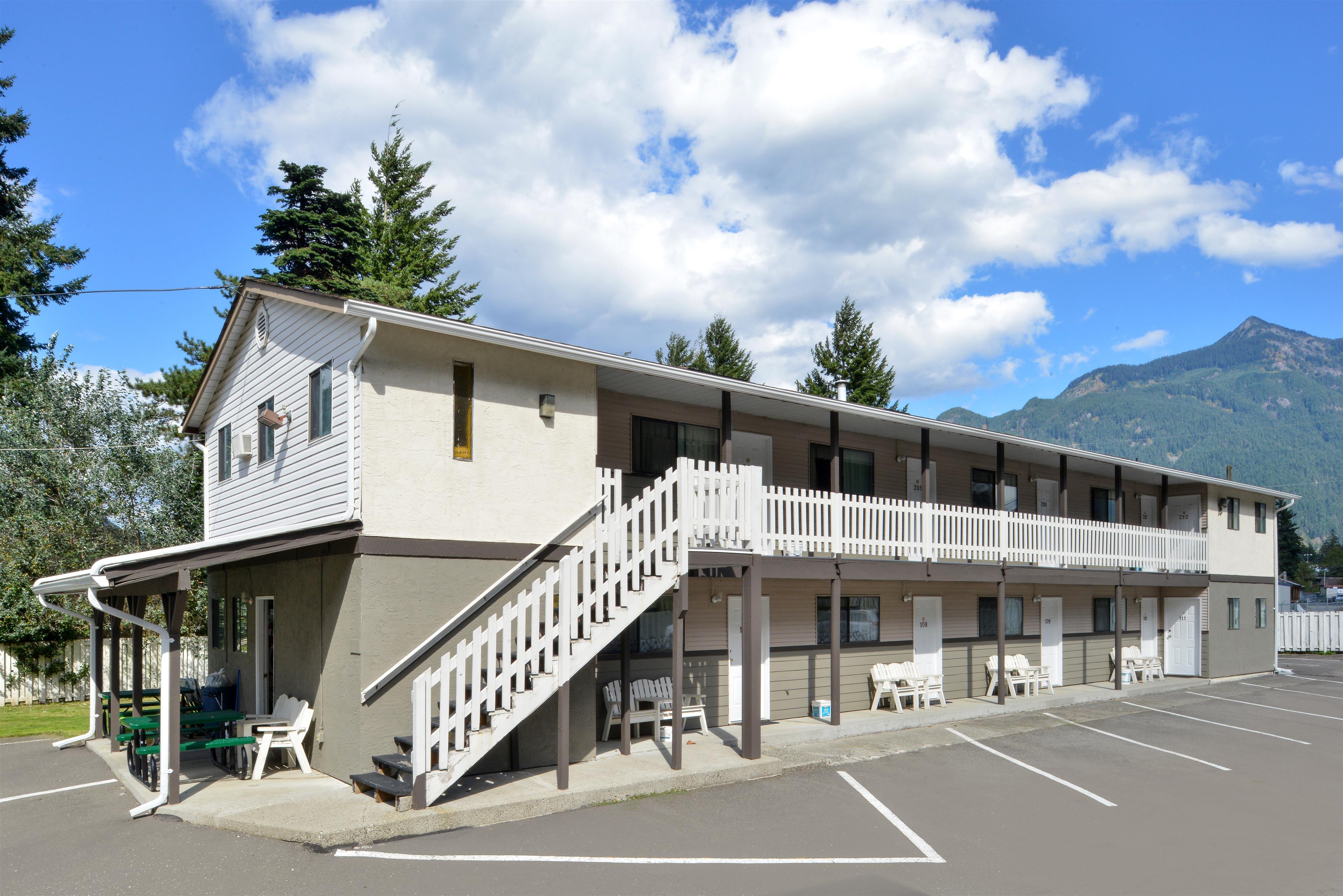 Princeton Bc Hotels