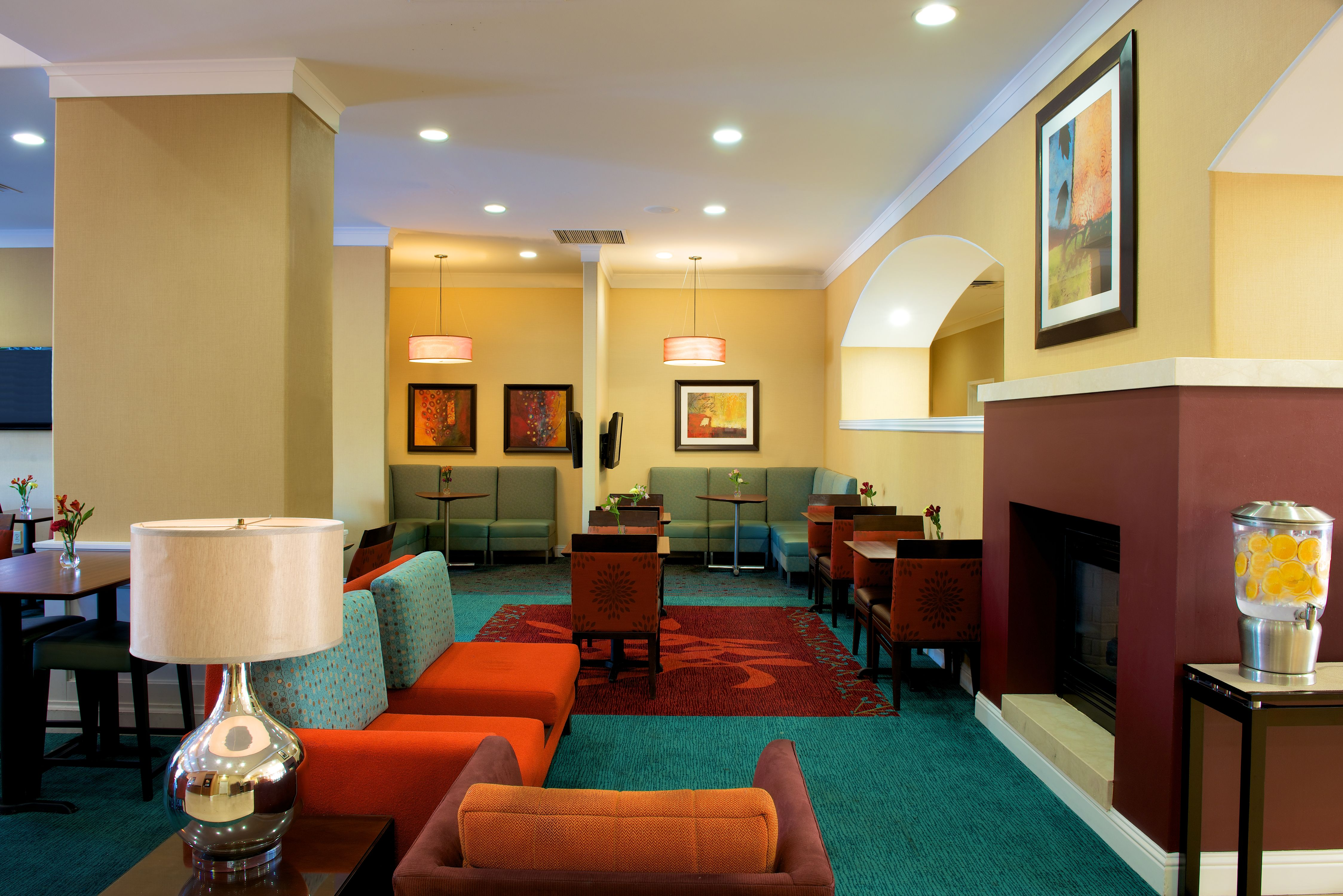 Residence Inn by Marriott Newark Silicon Valley image 4