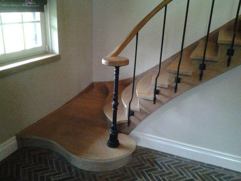 Stb trappen en timmerwerk fabricage en installatie van trappen hengelo ov infobel nederland - Moderne trap kwartslag ...