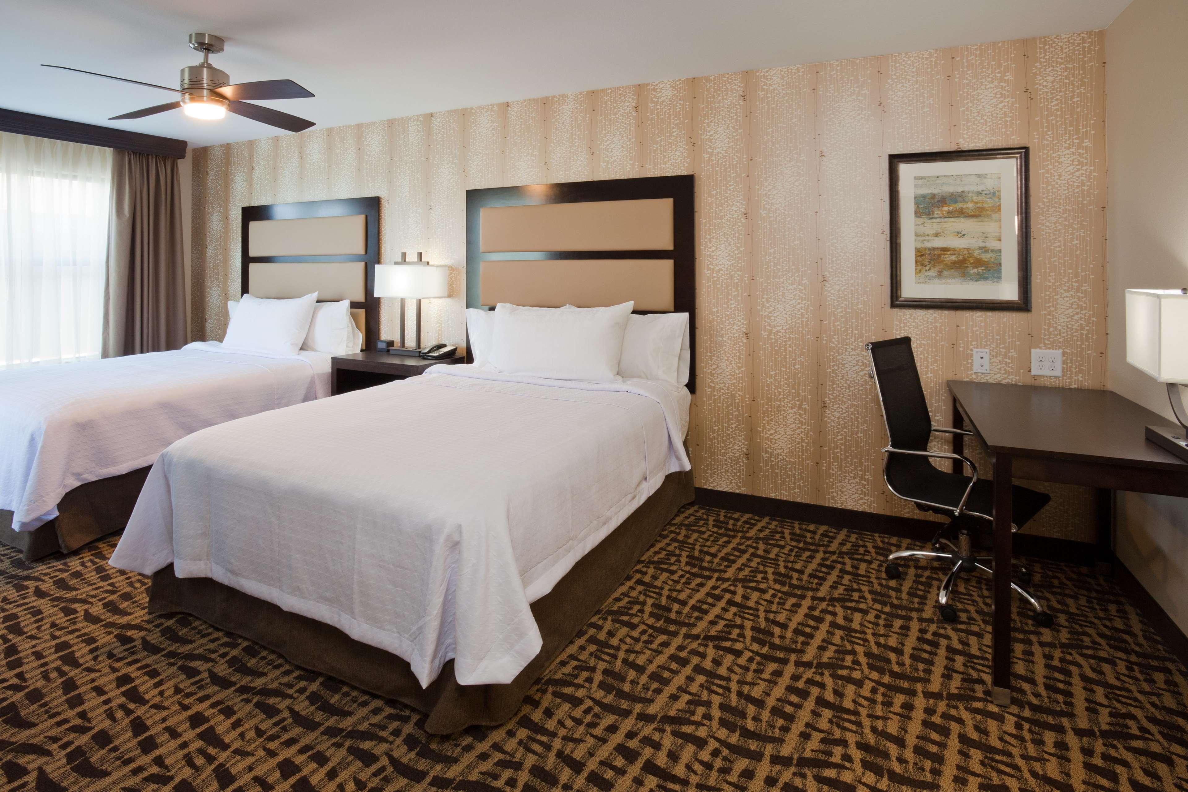 Homewood Suites by Hilton Davenport image 12