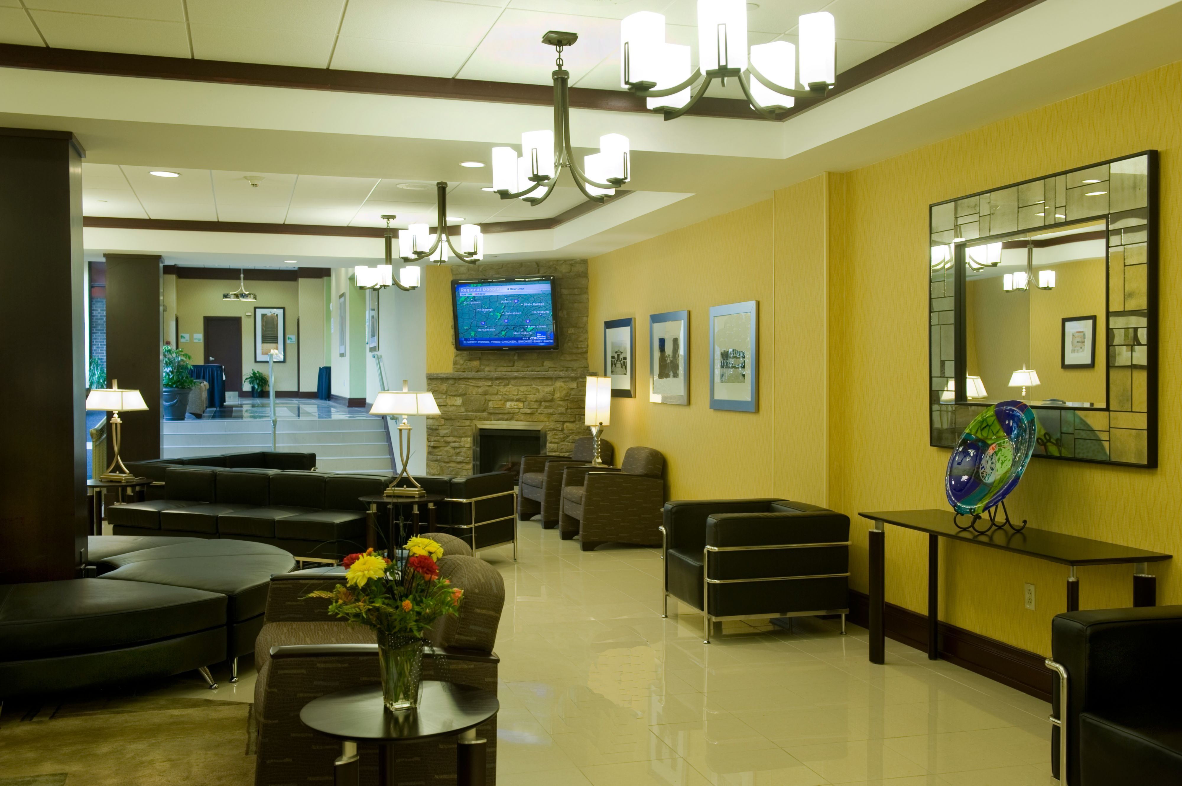 Holiday Inn Johnstown-Downtown image 4