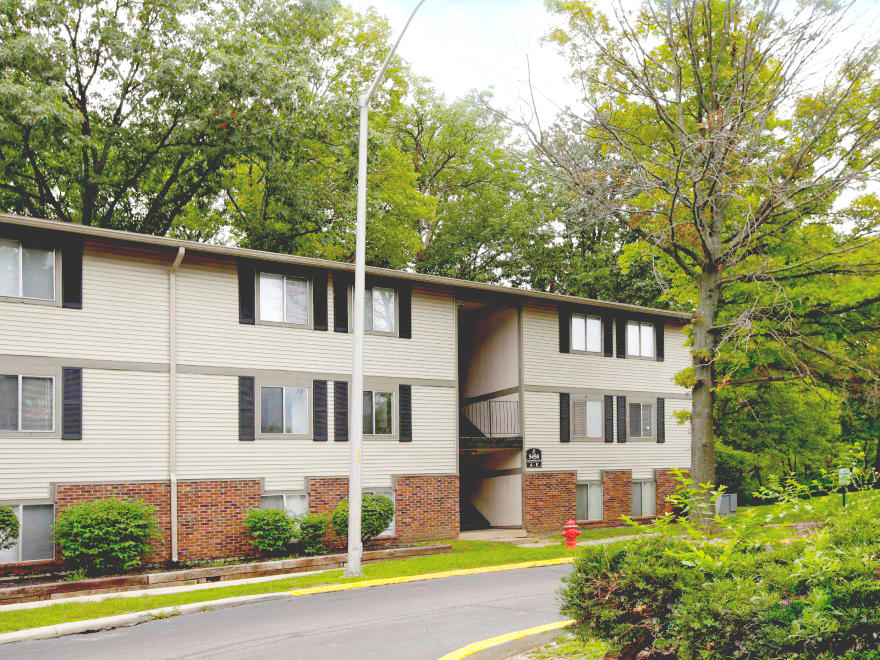 Pangea Hills Apartments In Indianapolis In 317 643 9