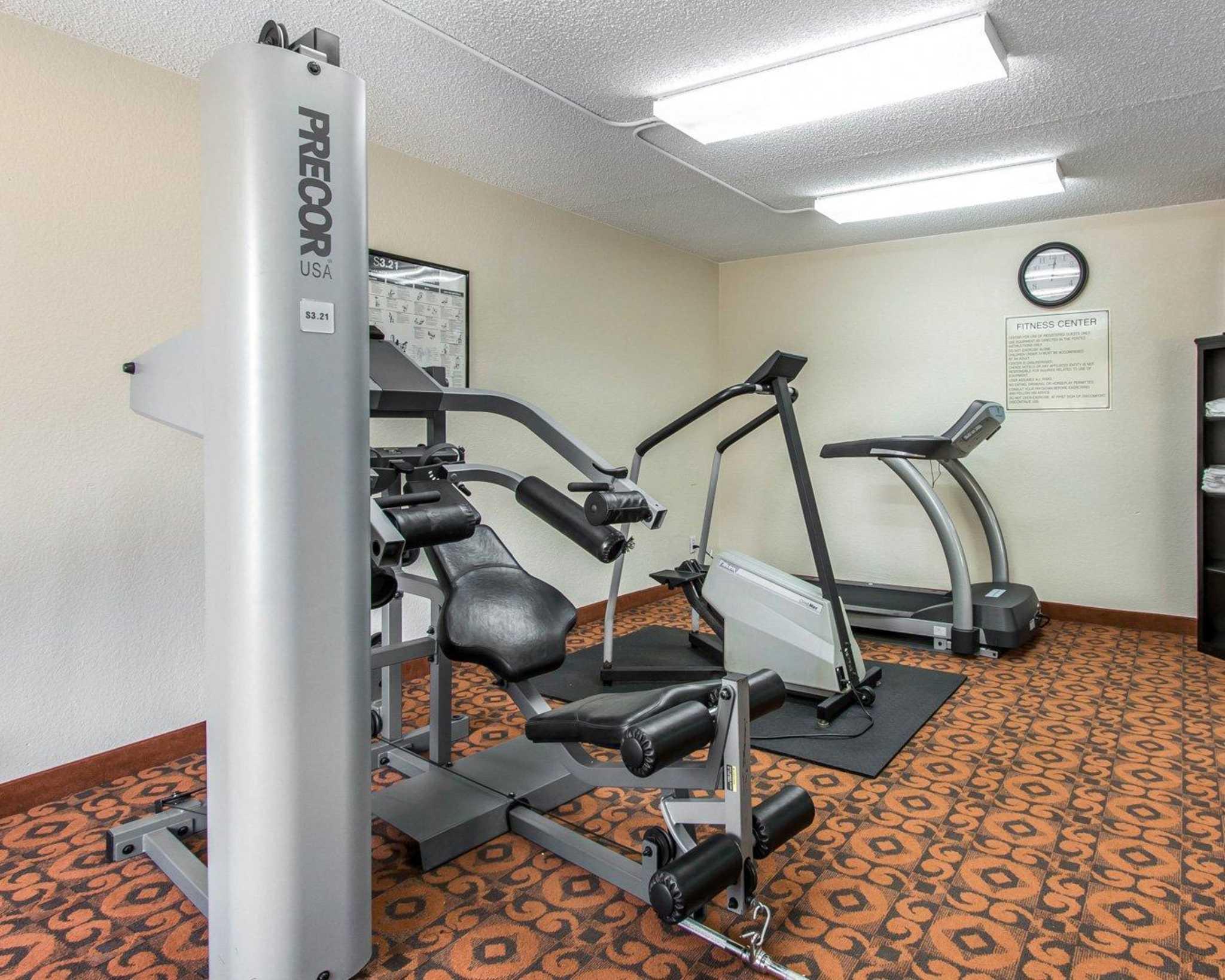 Quality Inn & Suites Fairgrounds West image 32