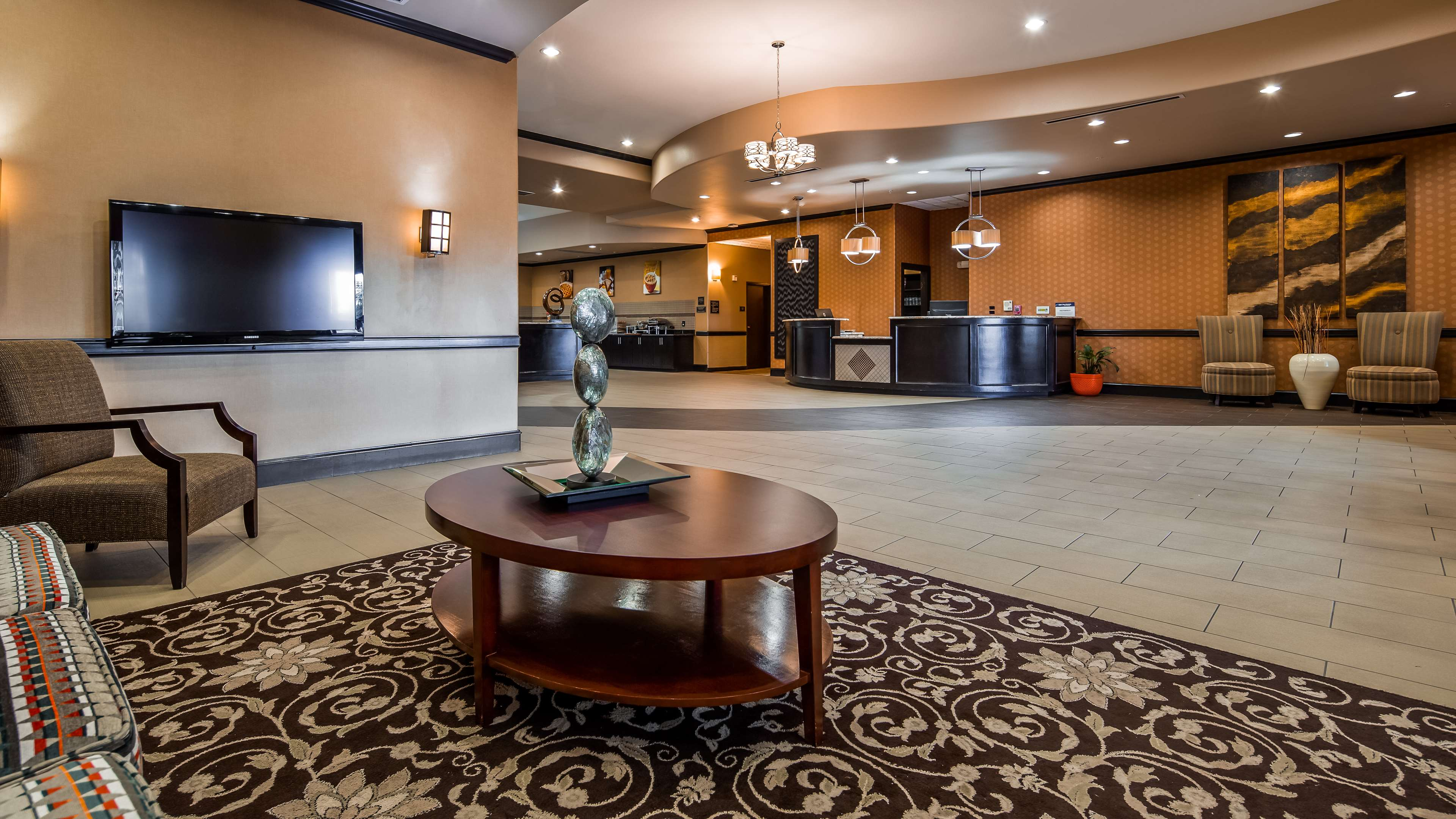 Best Western Plus Texoma Hotel & Suites image 3