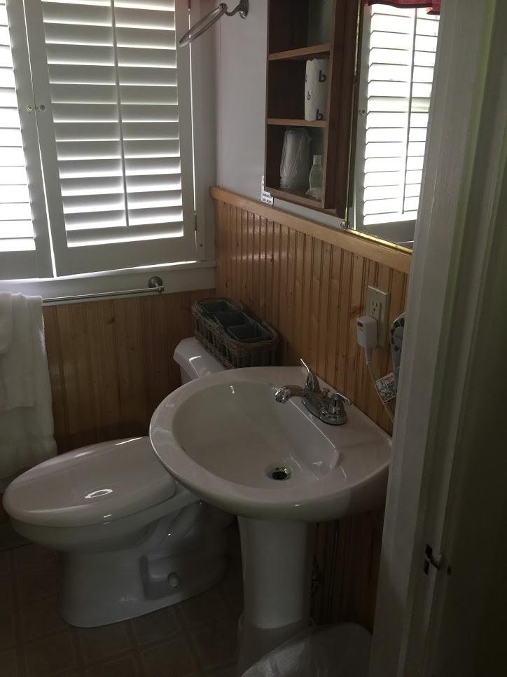 Eden Village Bar Harbor Cottage Cottage Bathroom