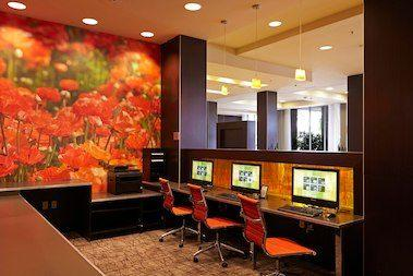 Courtyard by Marriott San Diego Mission Valley/Hotel Circle image 9