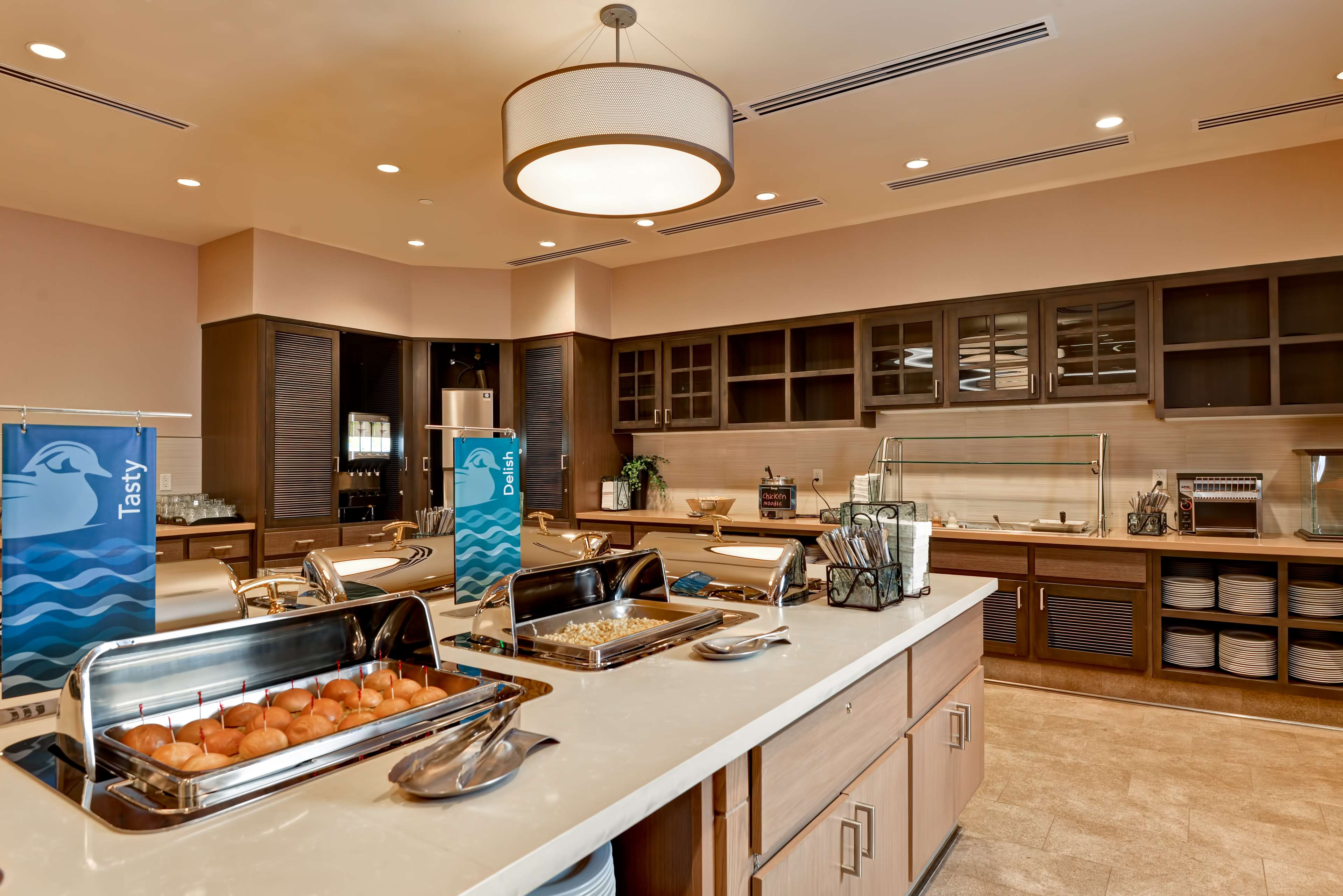 Homewood Suites by Hilton Anaheim Resort - Convention Center image 9