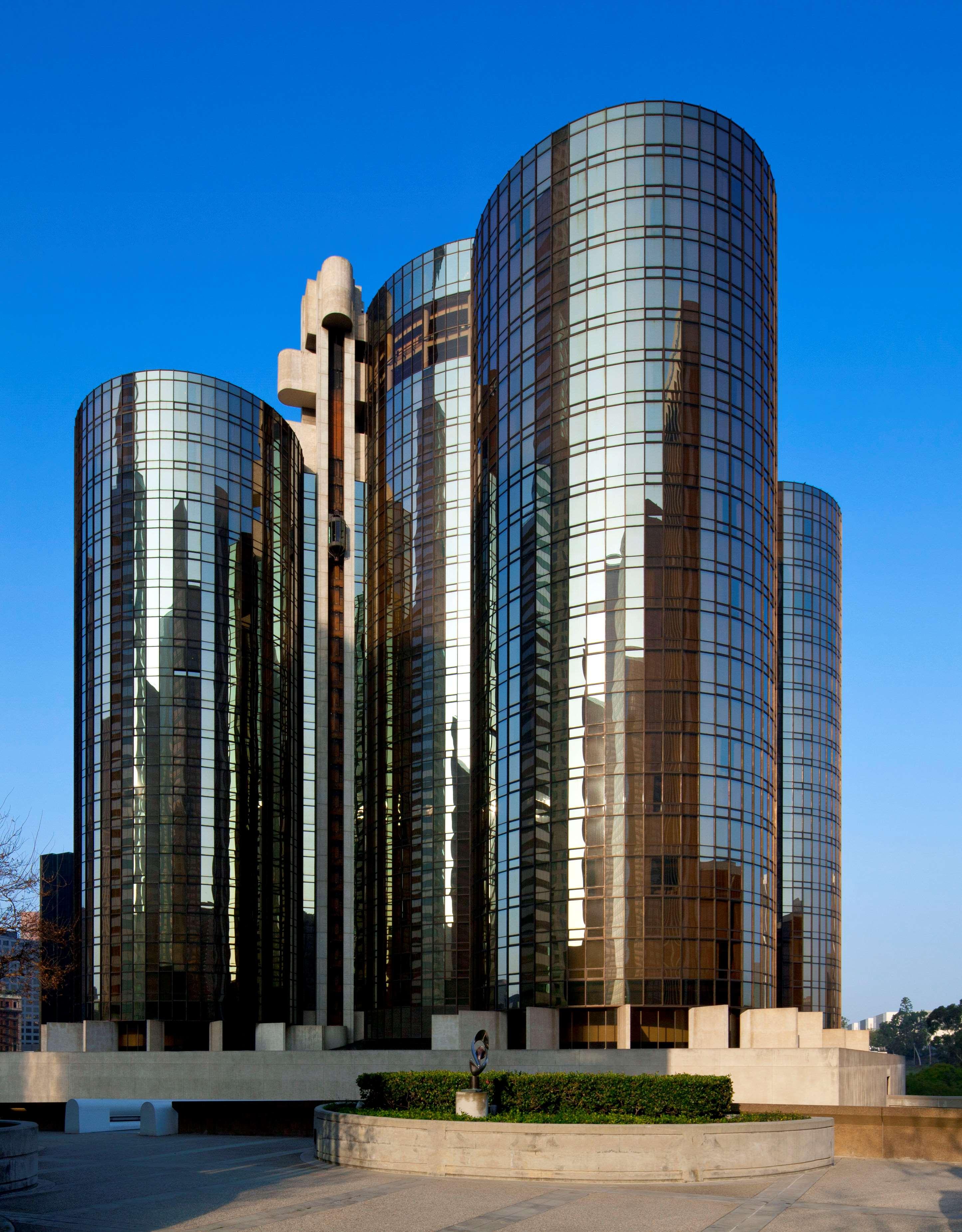 The Westin Bonaventure Hotel & Suites, Los Angeles image 0