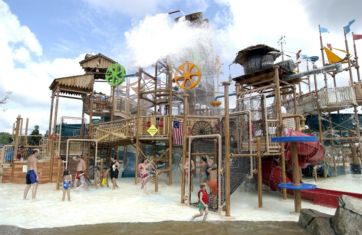 Geyser Falls Water Theme Park in Choctaw MS