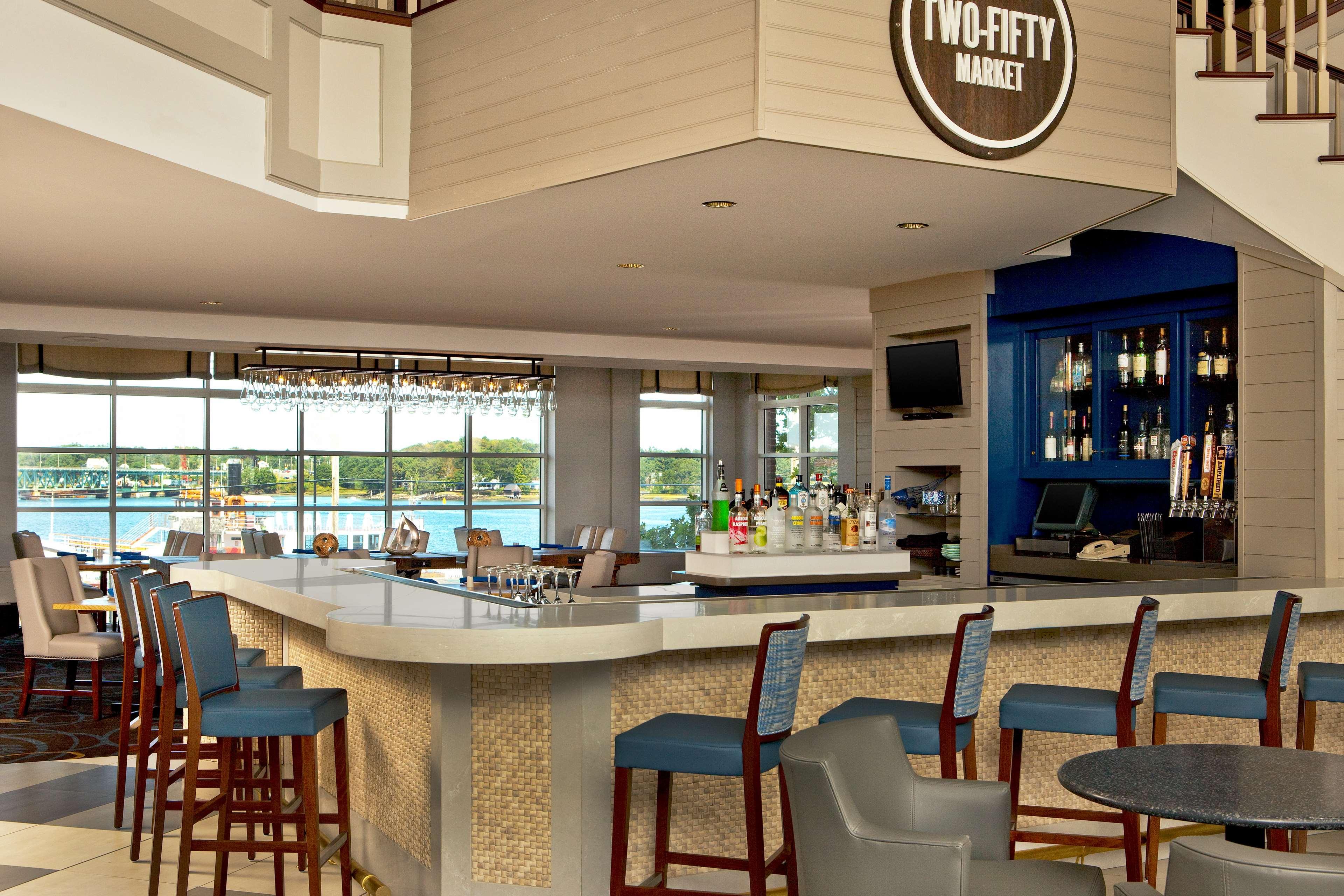 Sheraton Portsmouth Harborside Hotel image 10