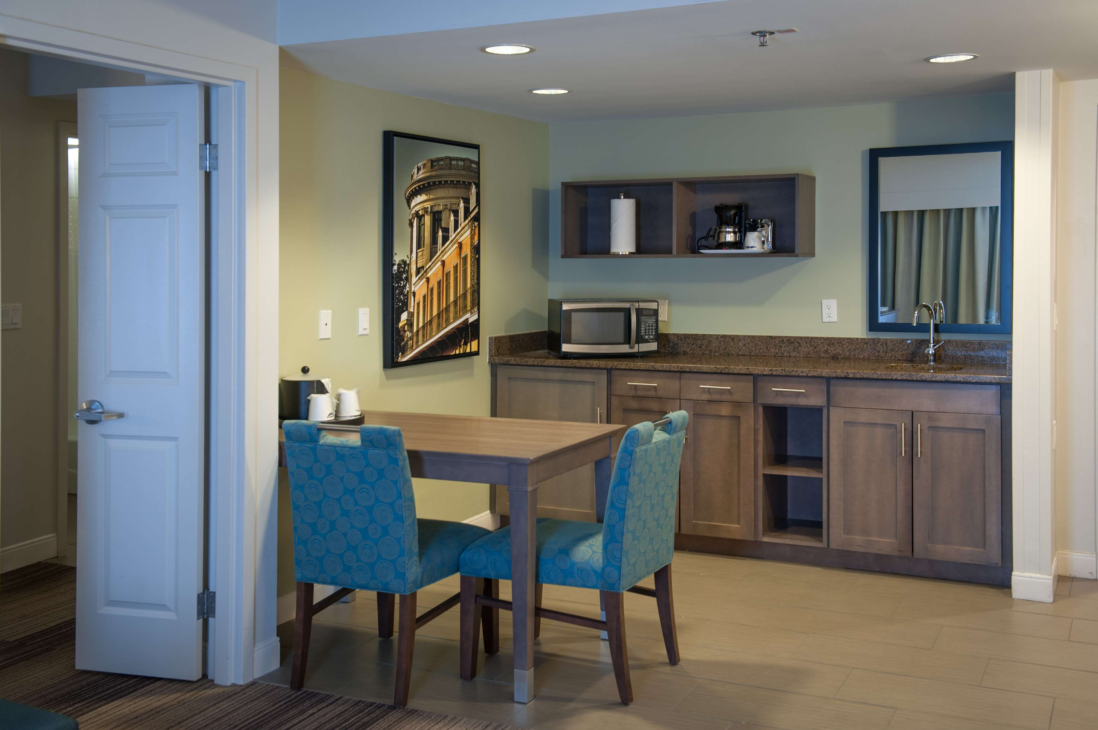 Hampton Inn & Suites New Orleans-Elmwood/Clearview Parkway Area image 17