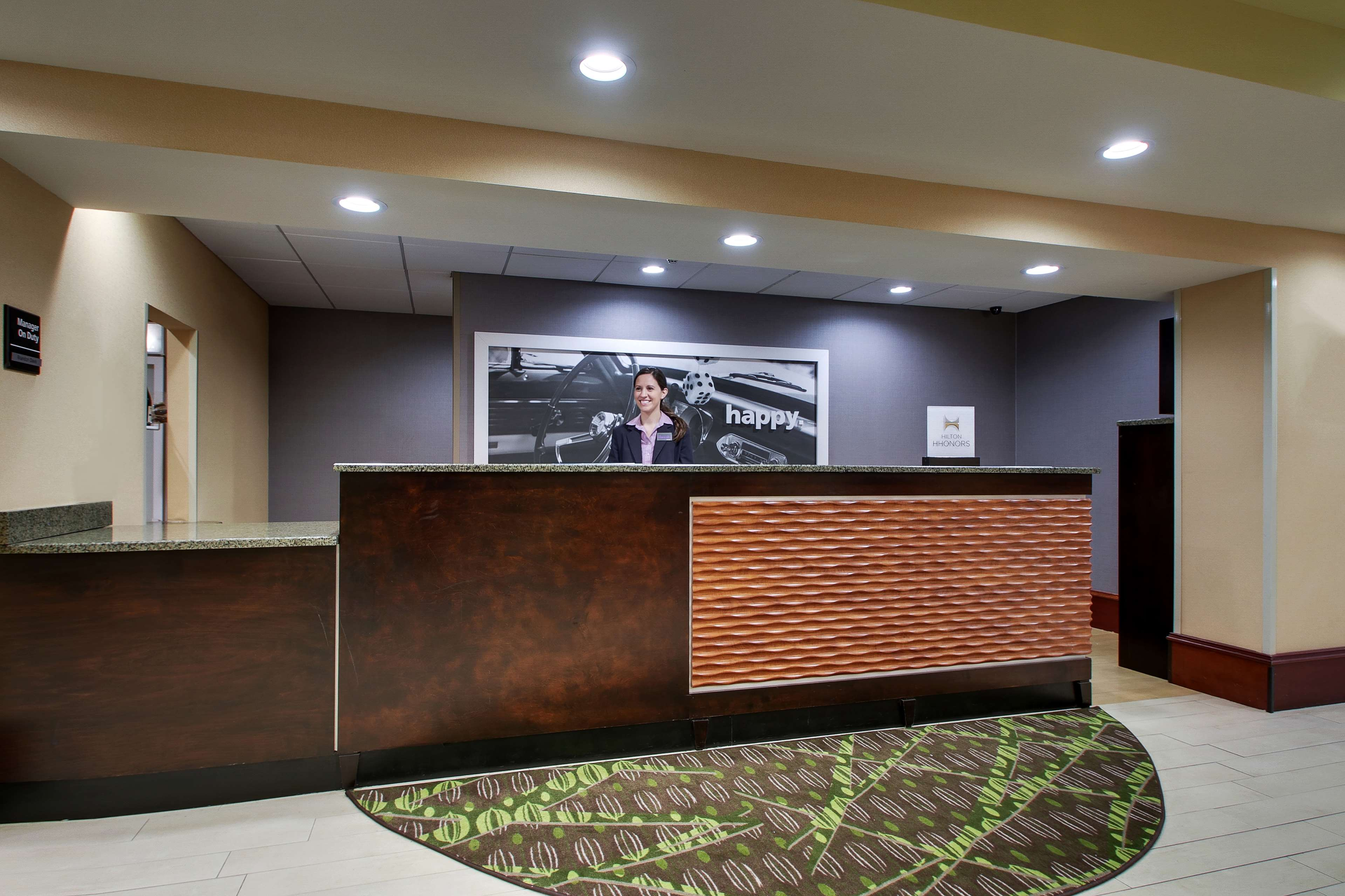 Hampton Inn & Suites Spartanburg-I-26-Westgate Mall image 2