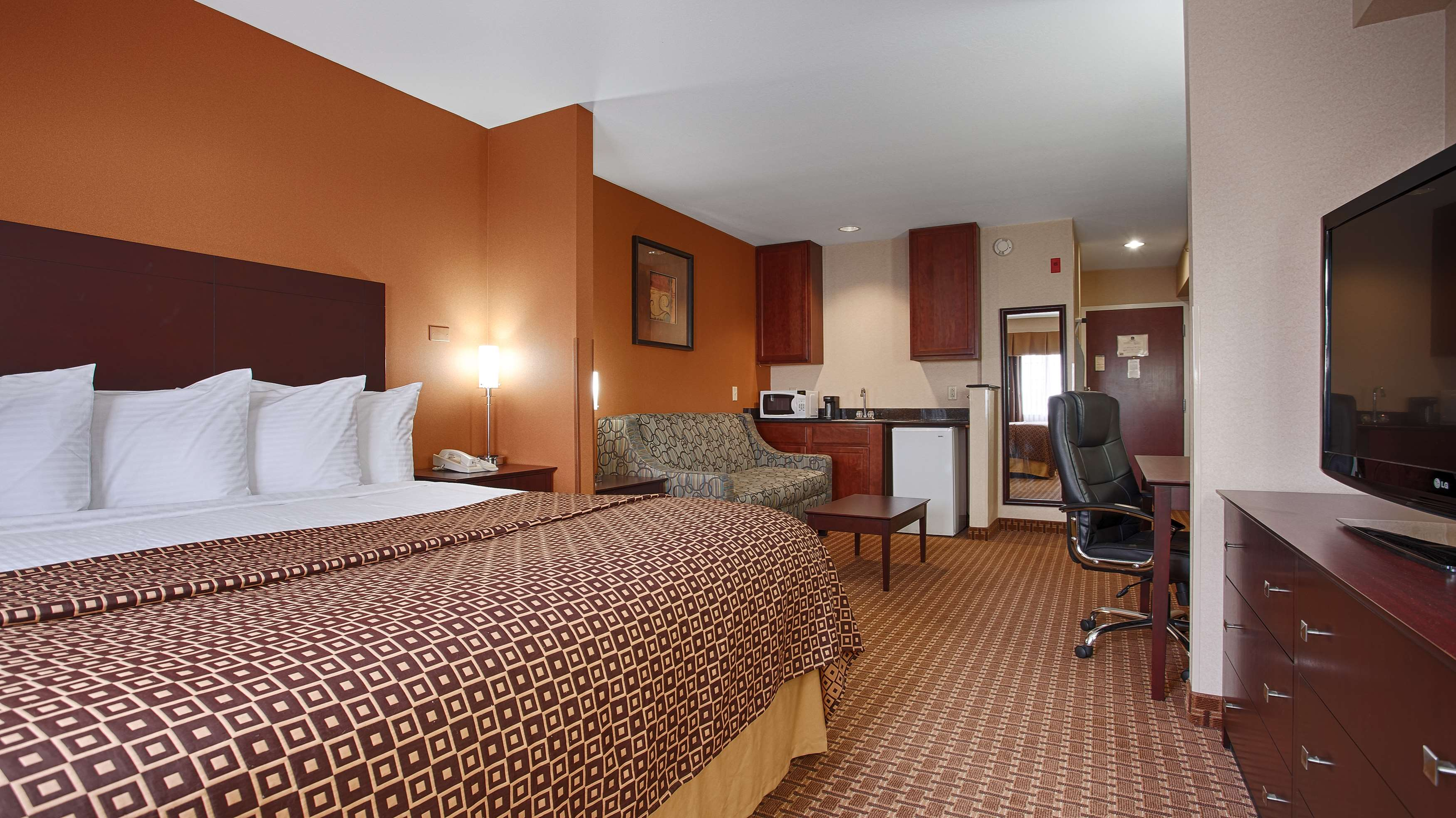 Best Western Concord Inn & Suites image 16