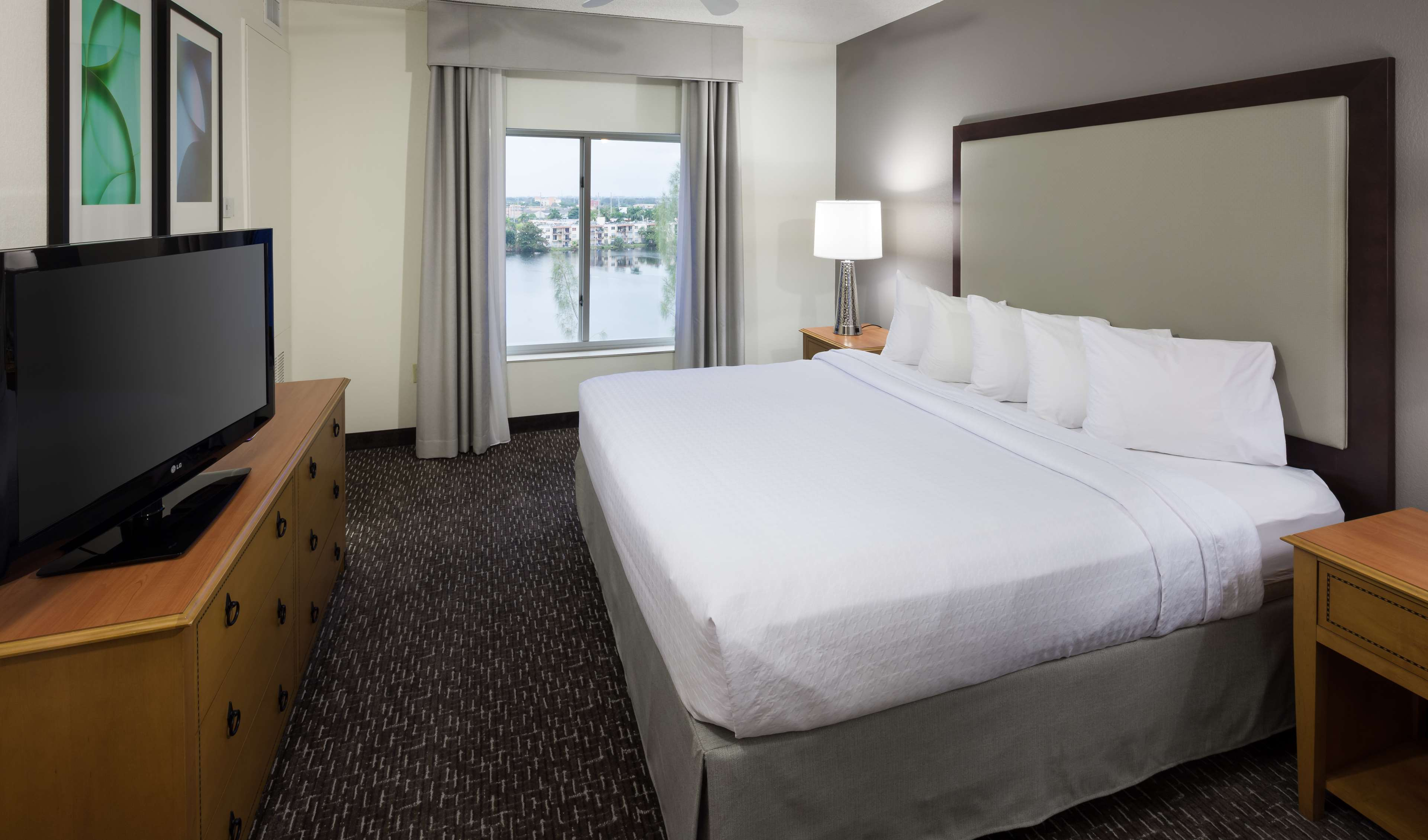 Homewood Suites by Hilton Miami-Airport/Blue Lagoon image 26