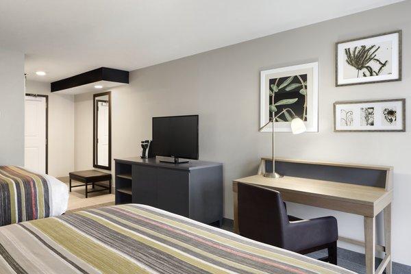 Country Inn & Suites by Radisson, Gatlinburg, TN image 2