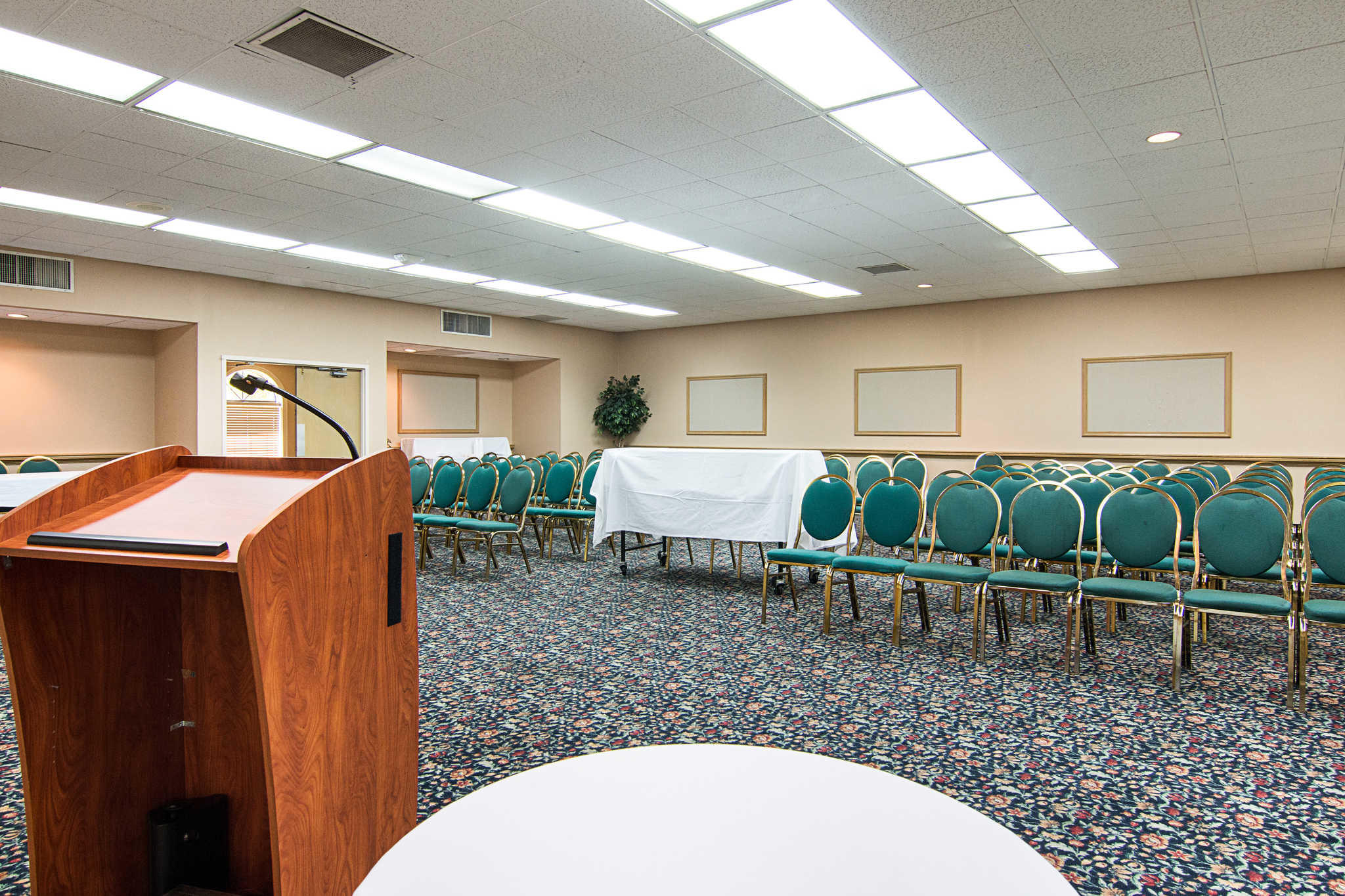 Rodeway Inn & Suites and Conference Center image 25