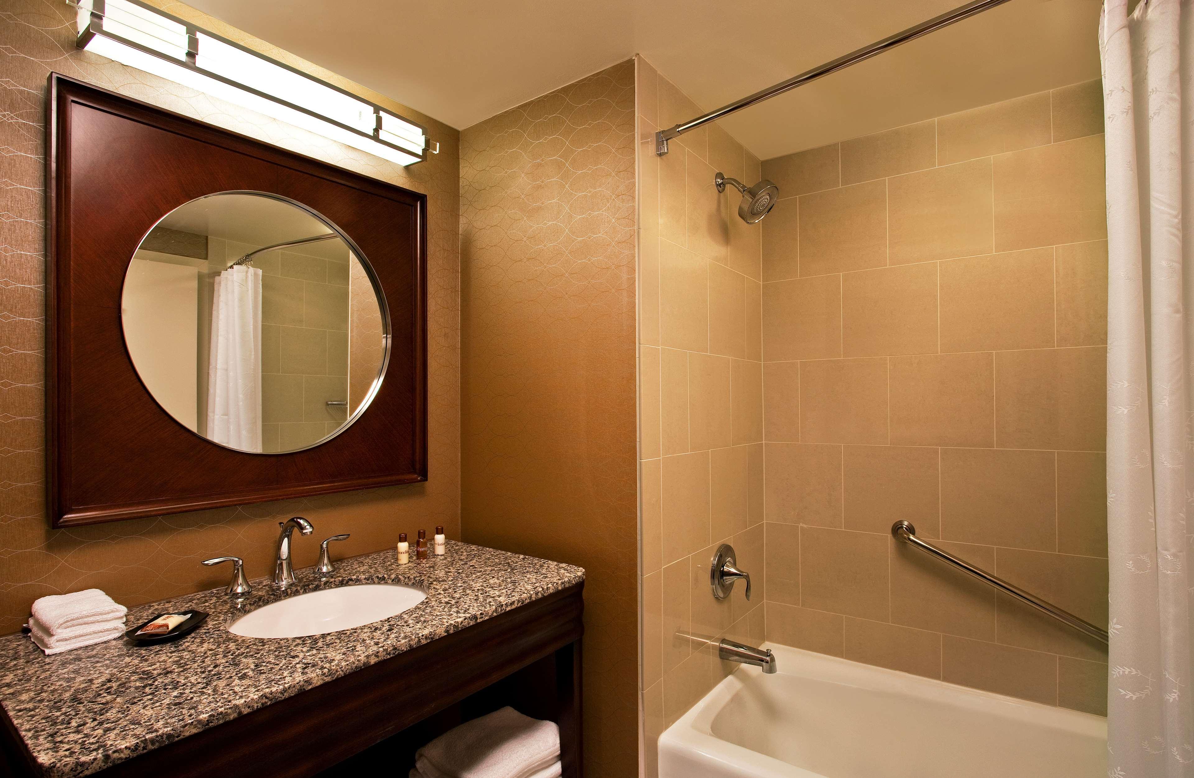 Sheraton Tampa Brandon Hotel image 6