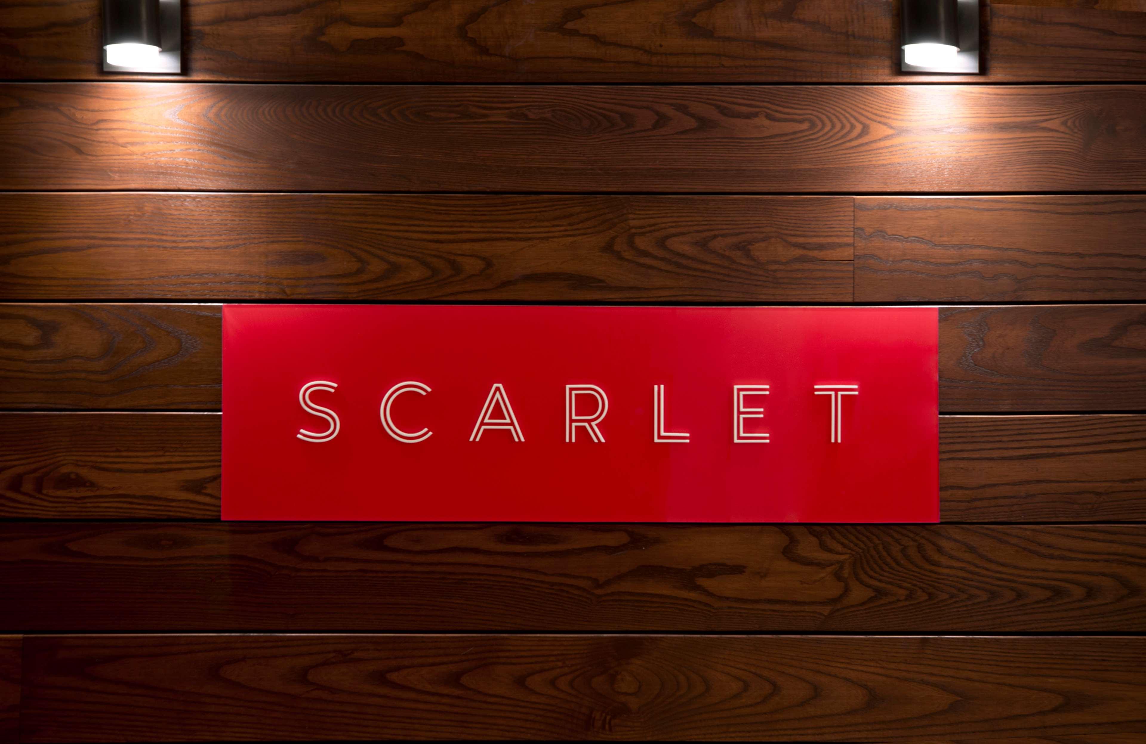 Sheraton Cavalier Saskatoon Hotel in Saskatoon: Scarlet Restaurant Sign