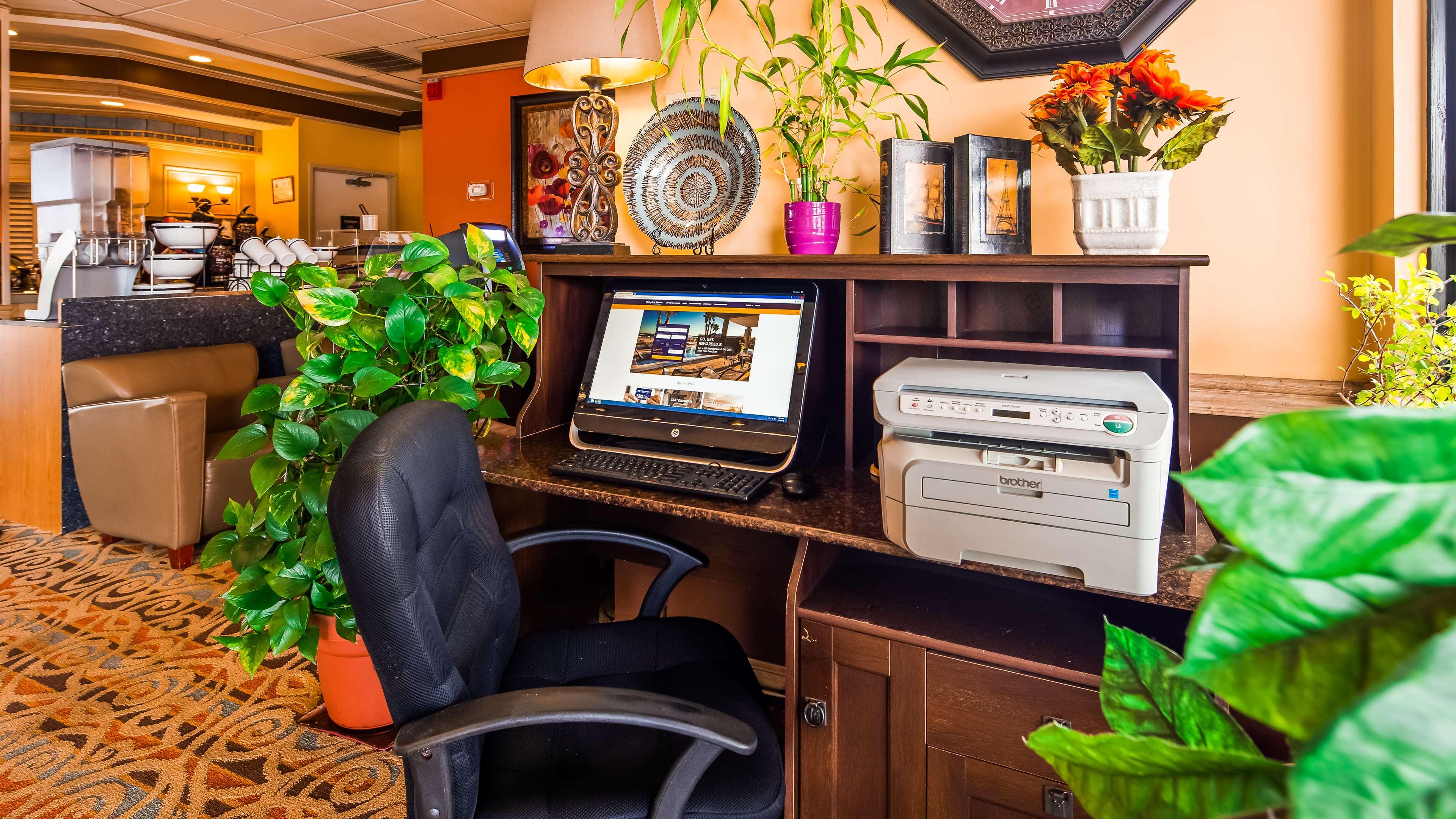 SureStay Plus Hotel by Best Western Fayetteville image 6