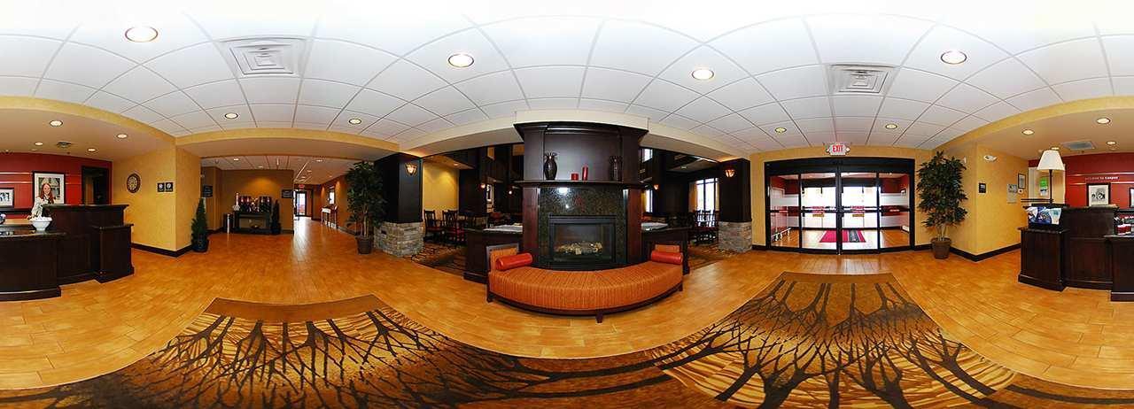Hampton Inn & Suites Casper image 0