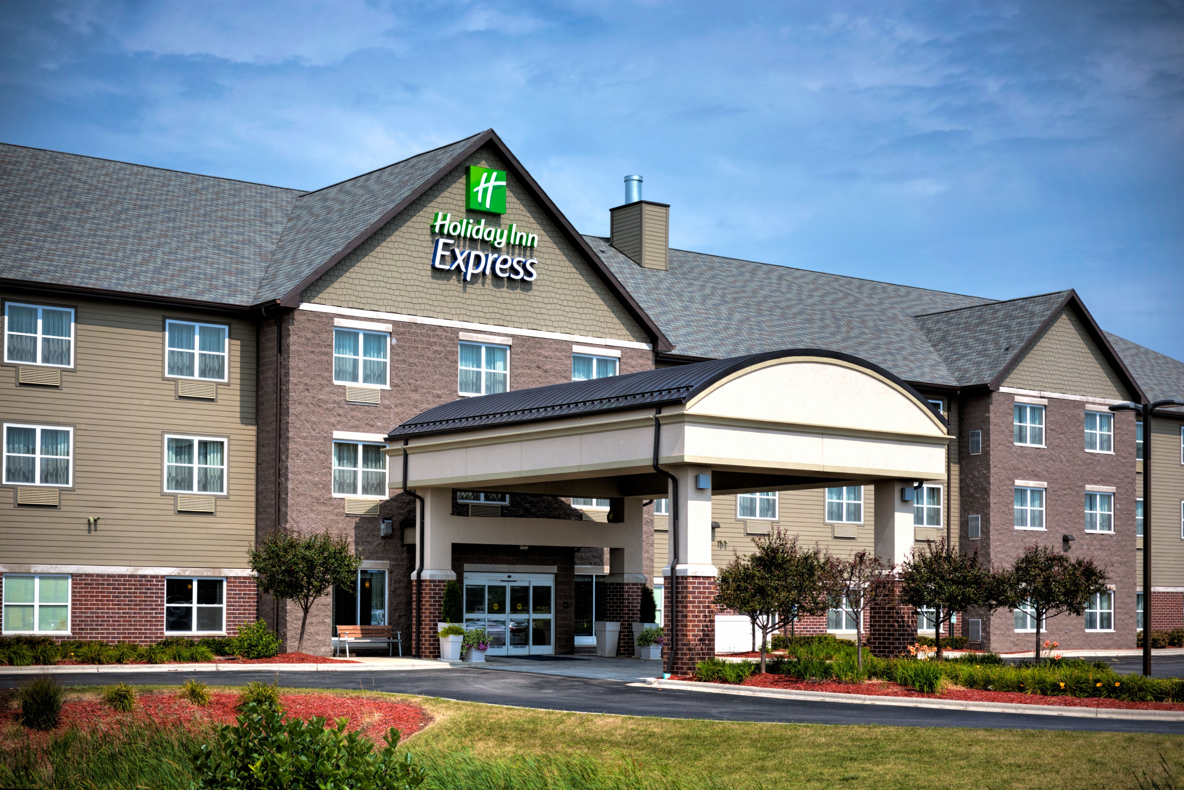 Holiday Inn Express Suites Great Falls At 1625 Marketplace Drive Great Falls Mt On Fave