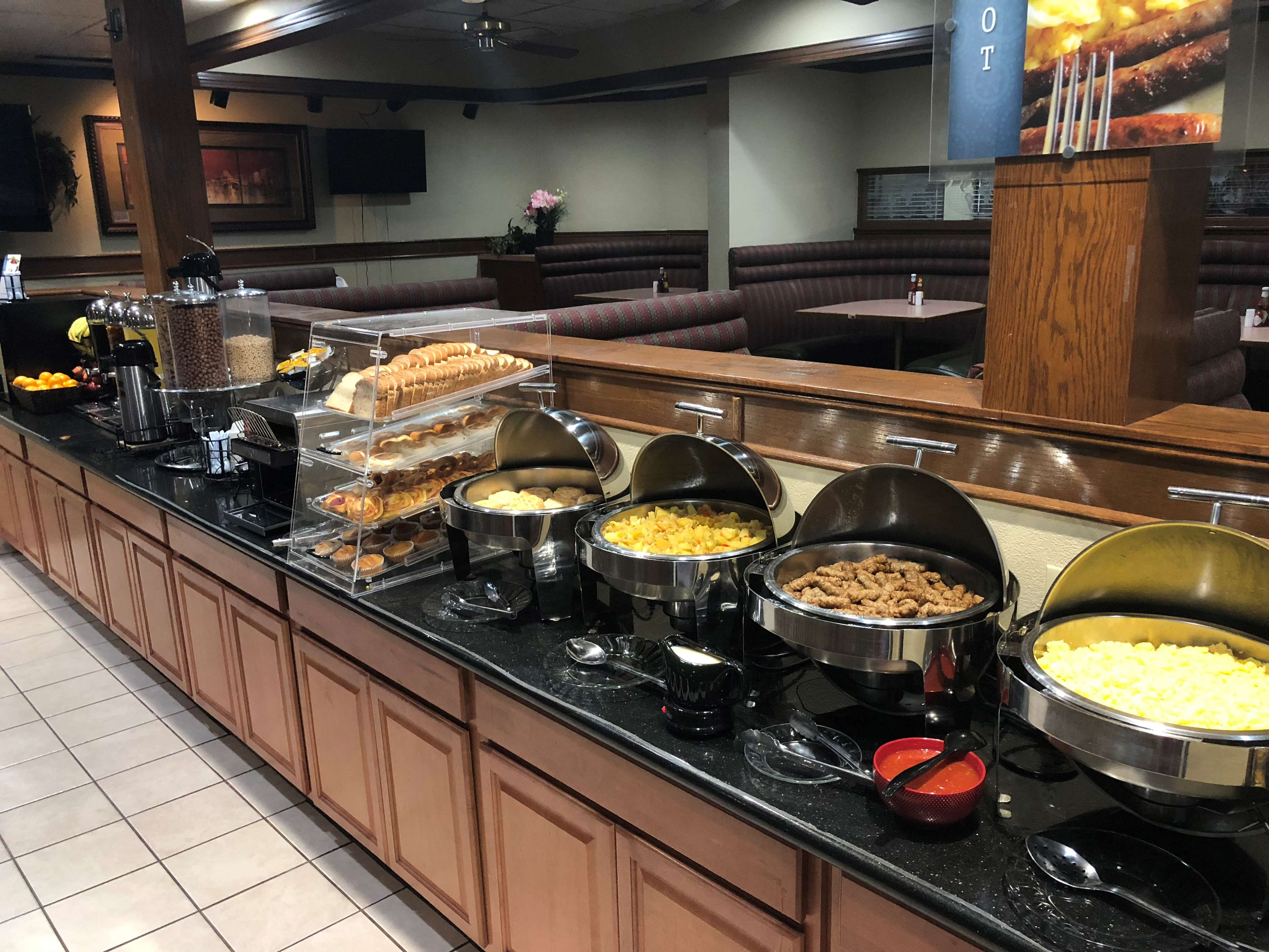 SureStay Plus Hotel by Best Western Oklahoma City North image 7